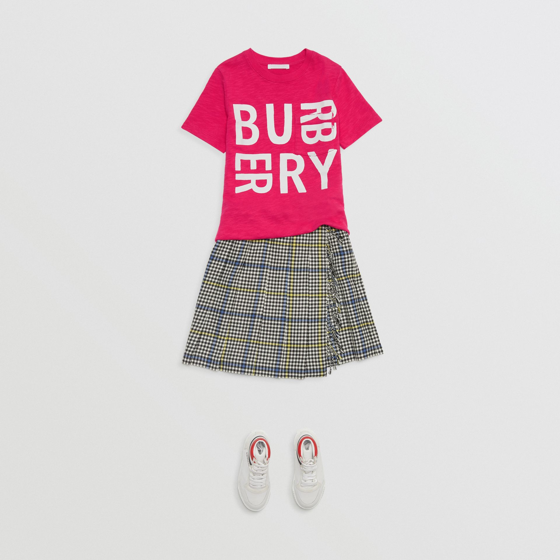 Logo Print Cotton T-shirt in Raspberry Pink - Children | Burberry - gallery image 2