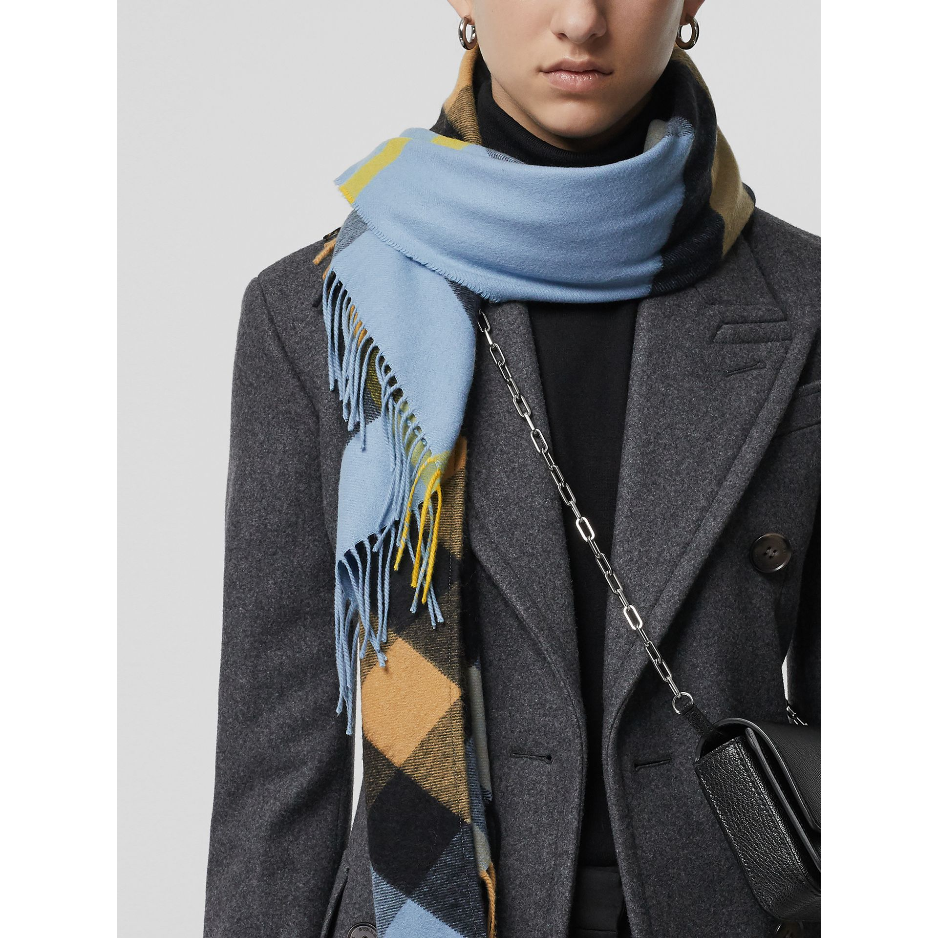 The Burberry Bandana in Check Cashmere in Pale Carbon Blue | Burberry Singapore - gallery image 5