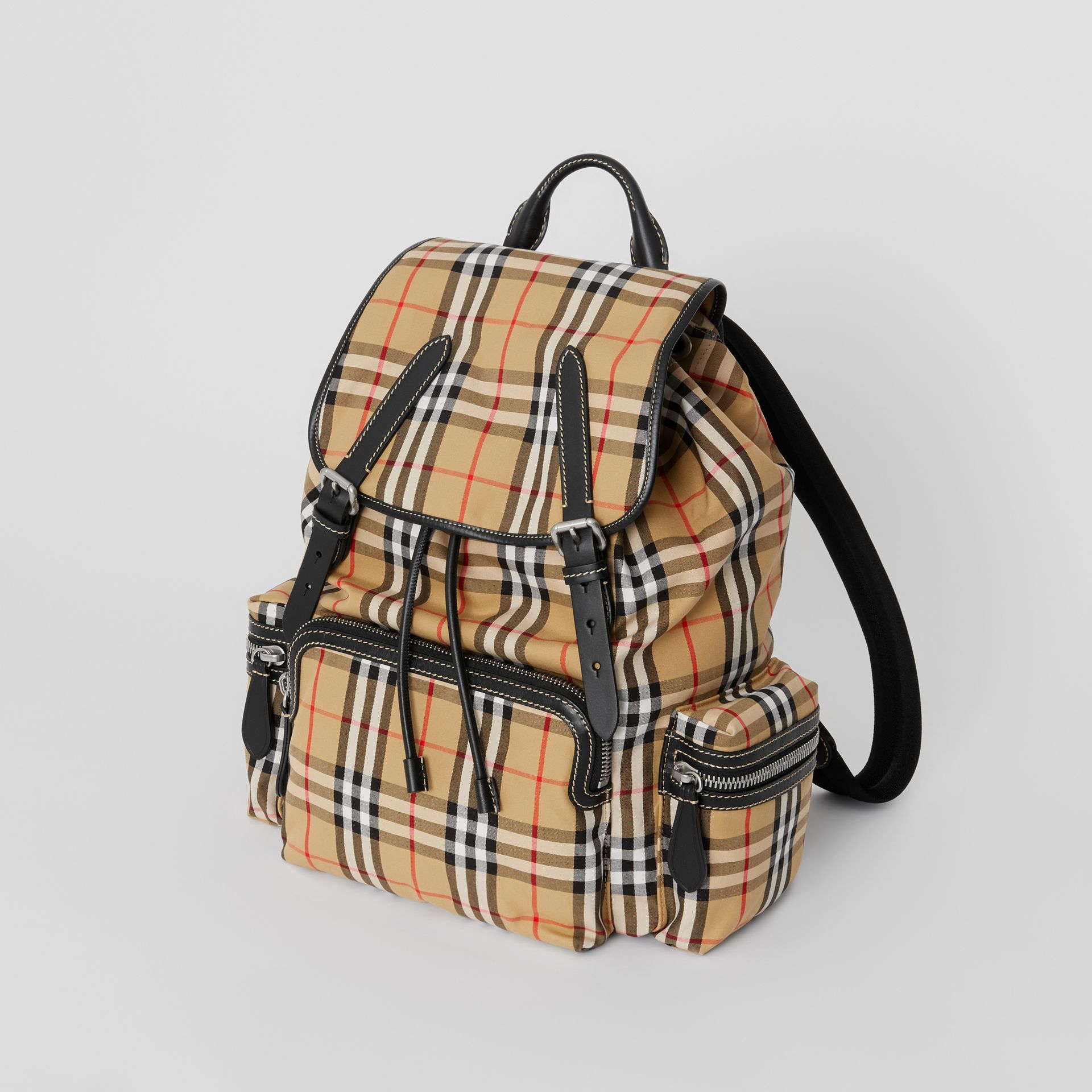 Grand sac The Rucksack à motif Vintage check (Jaune Antique) | Burberry - photo de la galerie 8