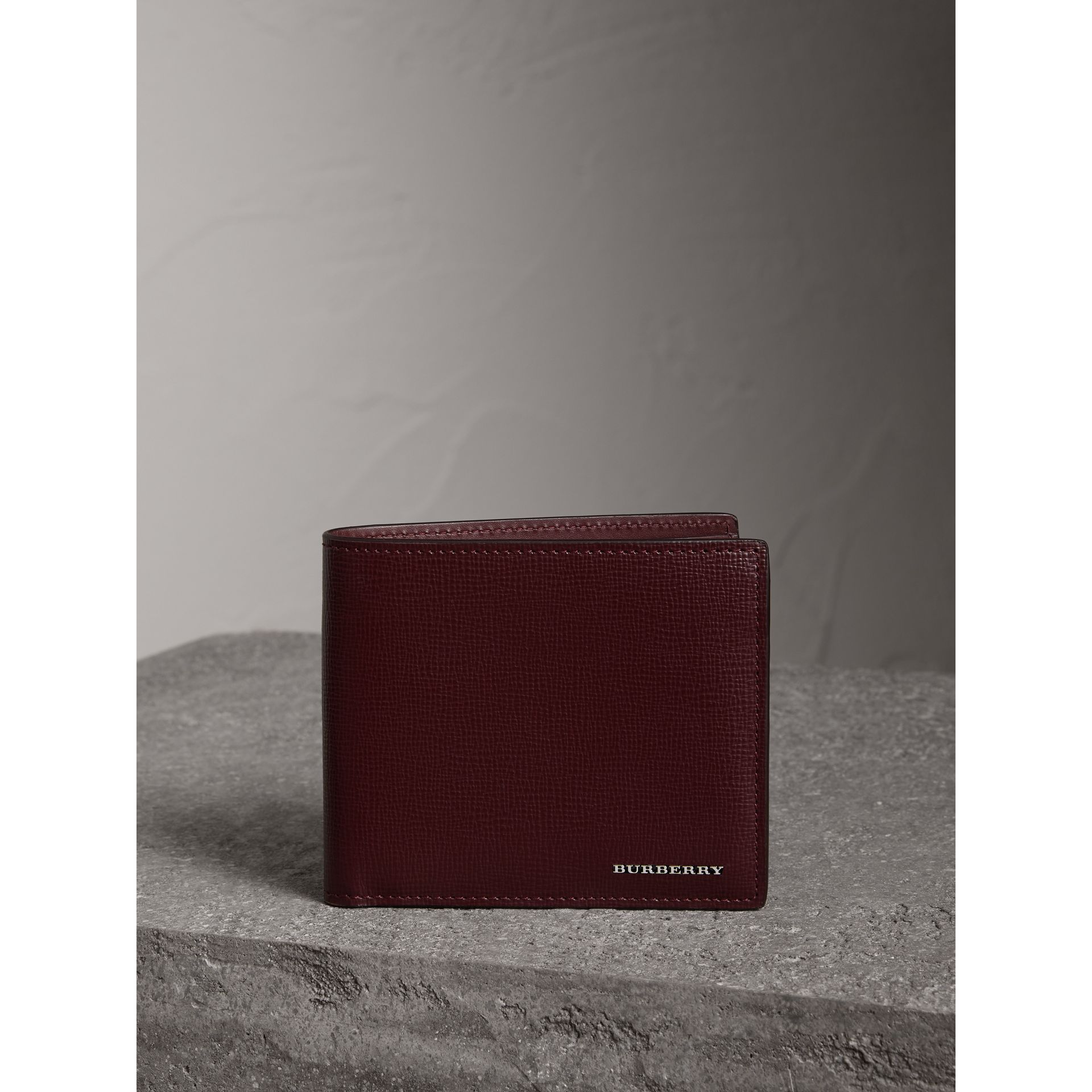 London Leather International Bifold Wallet in Burgundy Red | Burberry - gallery image 4
