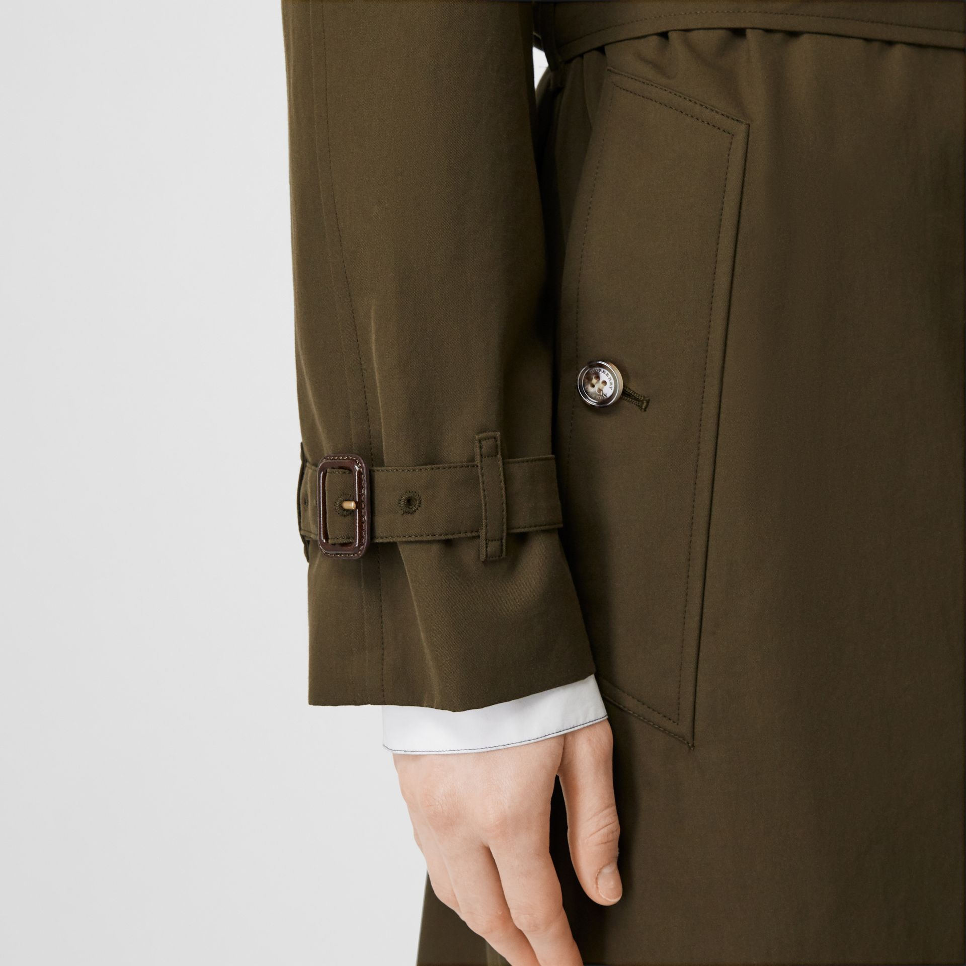 The Westminster – Trench Heritage (Kaki Militaire Foncé) - Femme | Burberry Canada - photo de la galerie 6