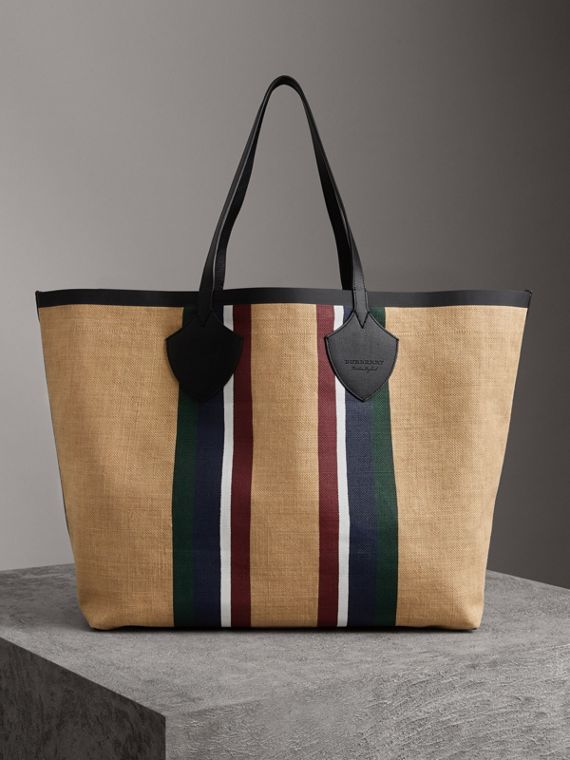 The Giant Tote in Striped Jute in Black