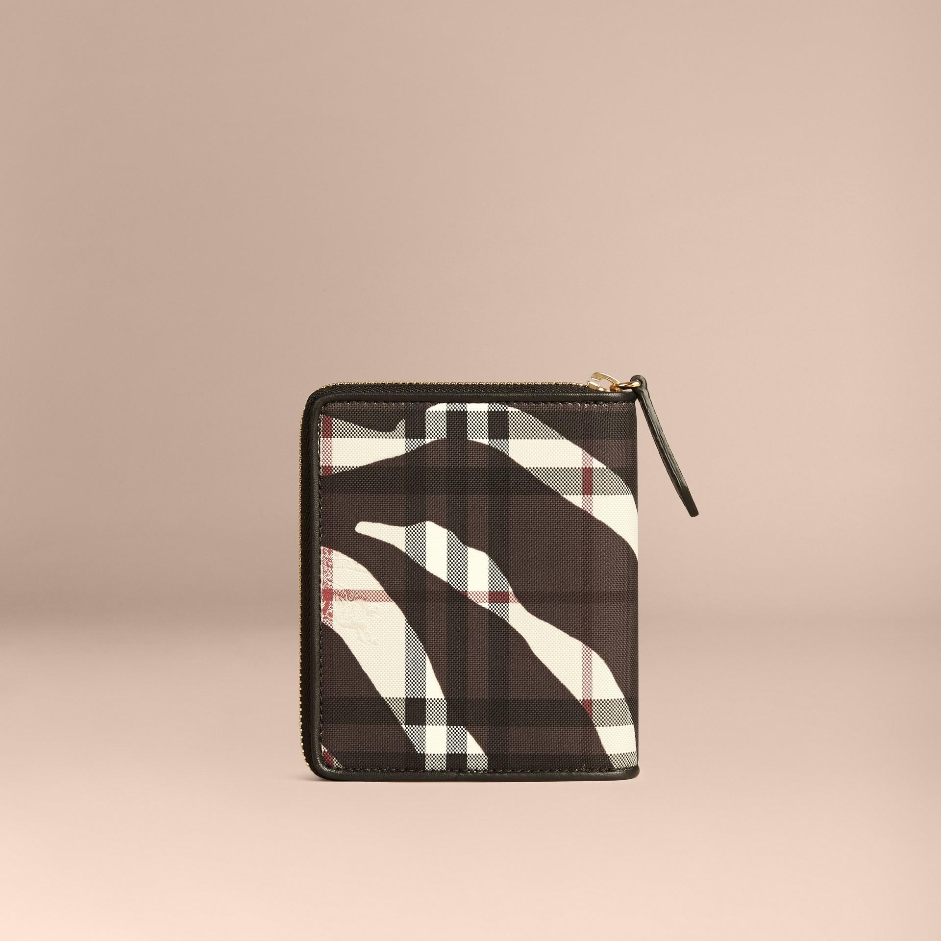 Noir Petit calepin zippé à motif Horseferry check et imprimé fauve - photo de la galerie 4