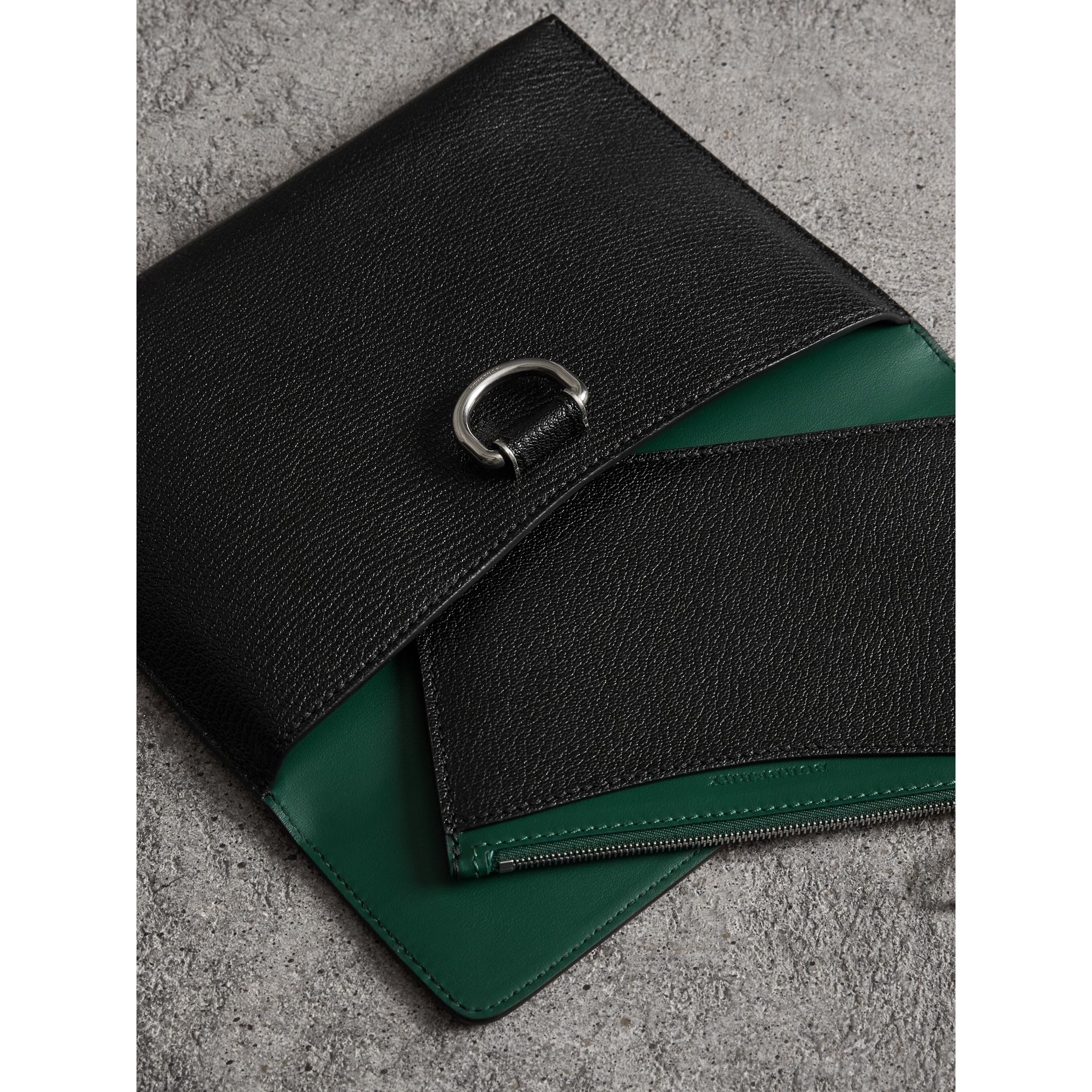 D-ring Leather Pouch with Zip Coin Case in Black/green - Women | Burberry - gallery image 5