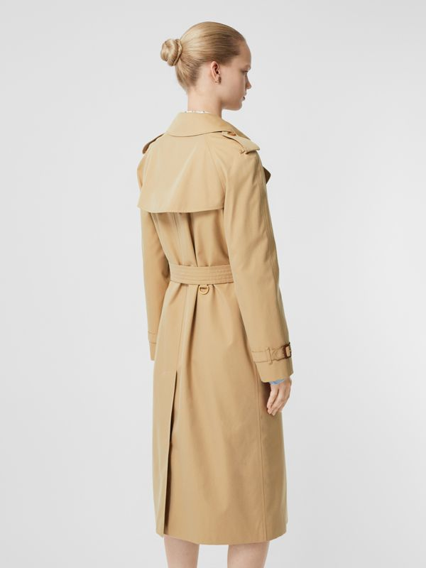 The Long Waterloo Heritage Trench Coat in Honey - Women | Burberry Canada - cell image 2