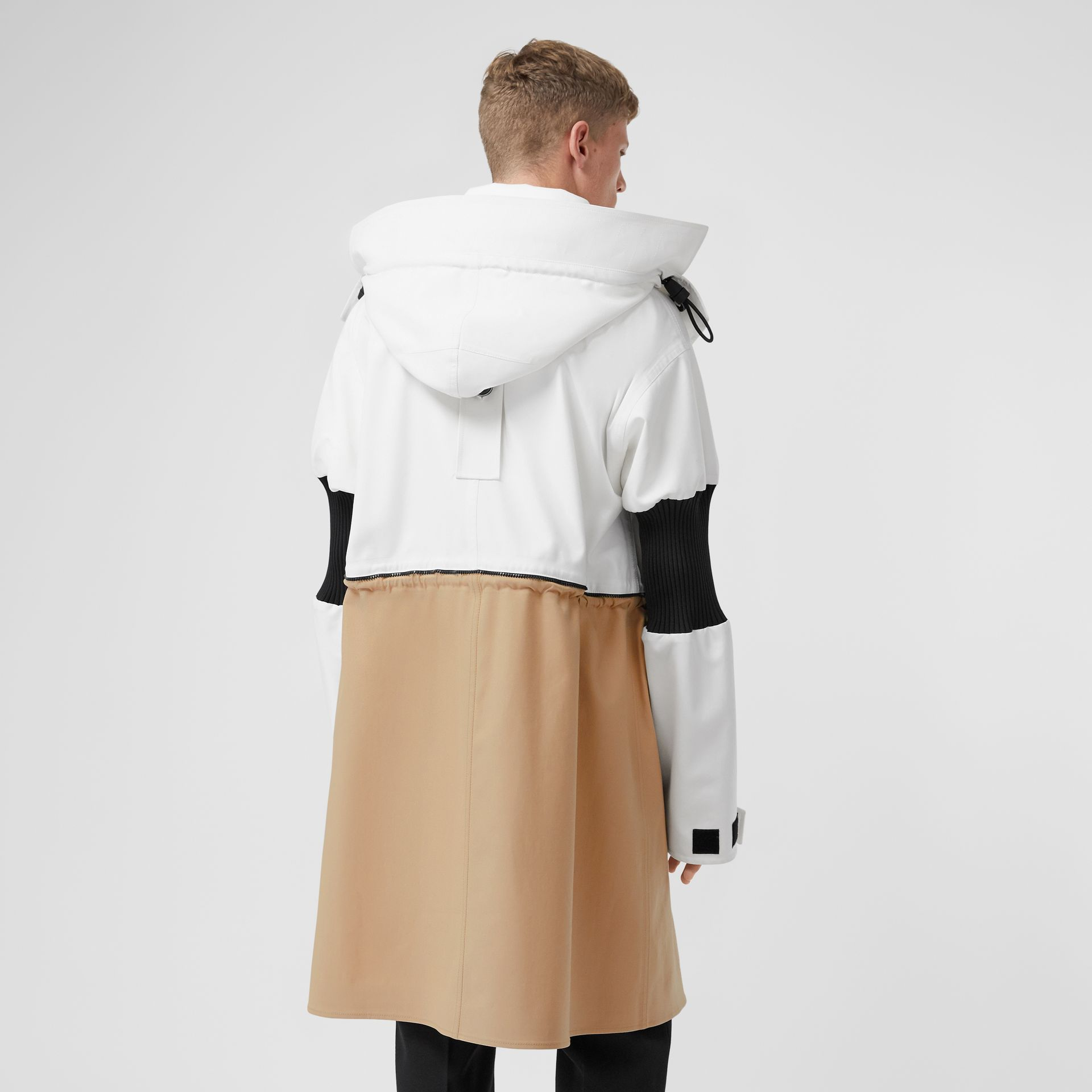 Detachable Hood Cotton Reconstructed Car Coat in Optic White | Burberry United Kingdom - gallery image 2