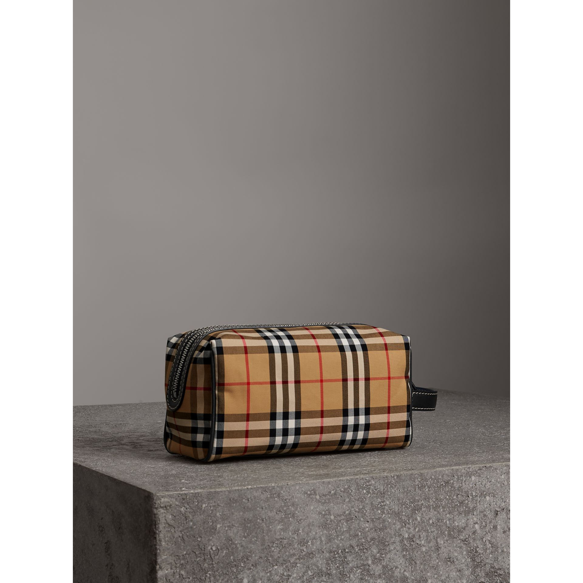 Vintage Check and Leather Pouch in Dark Cyan | Burberry - gallery image 4