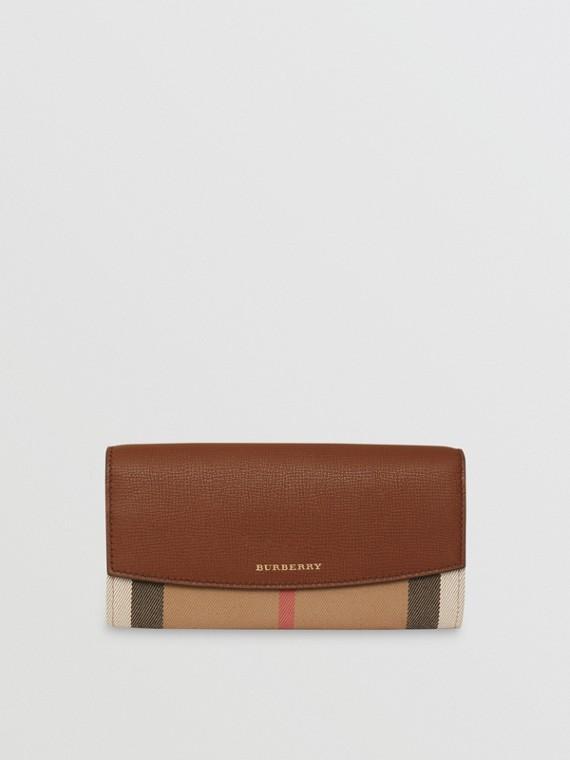 Brieftasche im Kontinentalformat aus House Check-Gewebe und Leder (Hellbraun)