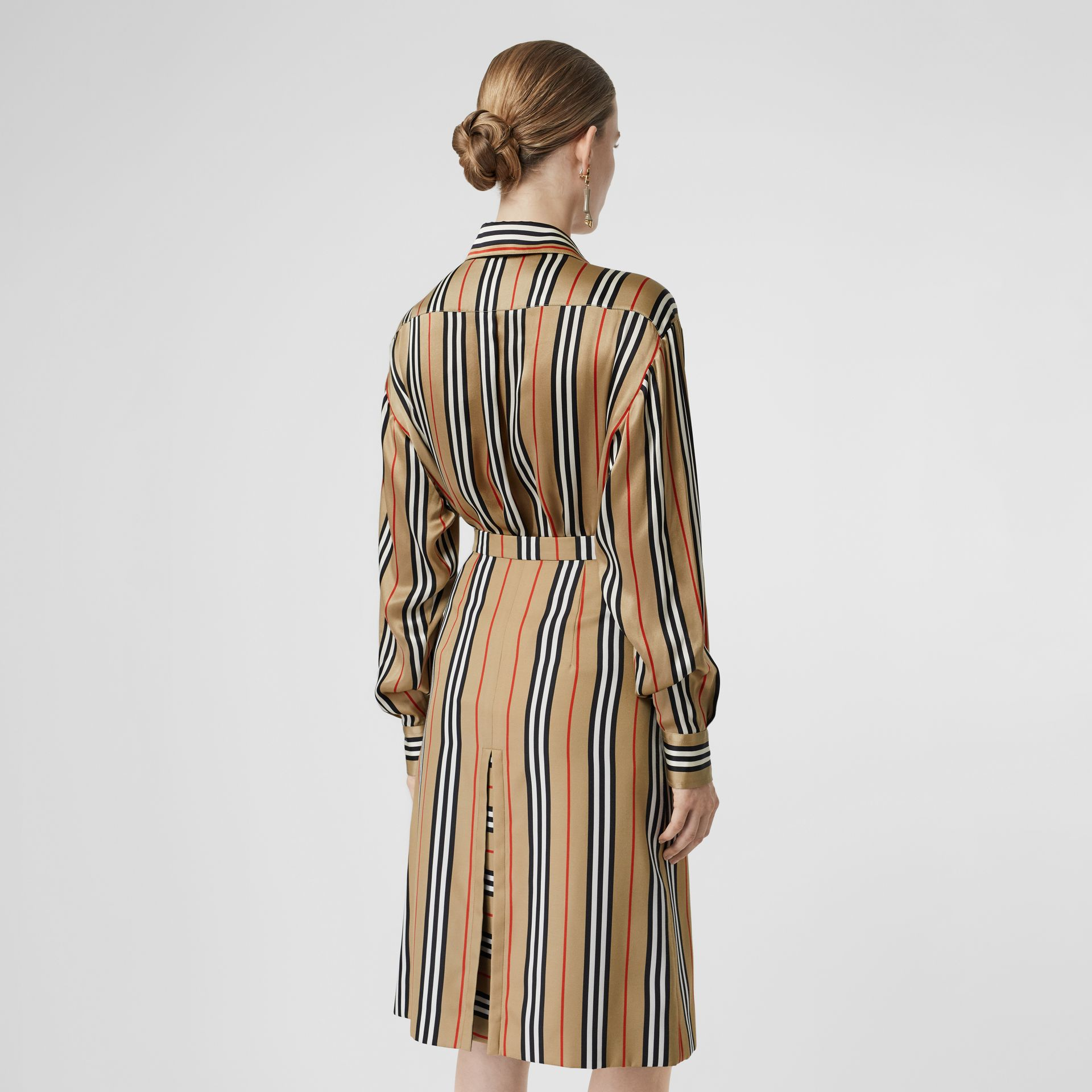Icon Stripe Silk Shirt in Archive Beige - Women | Burberry United Kingdom - gallery image 2