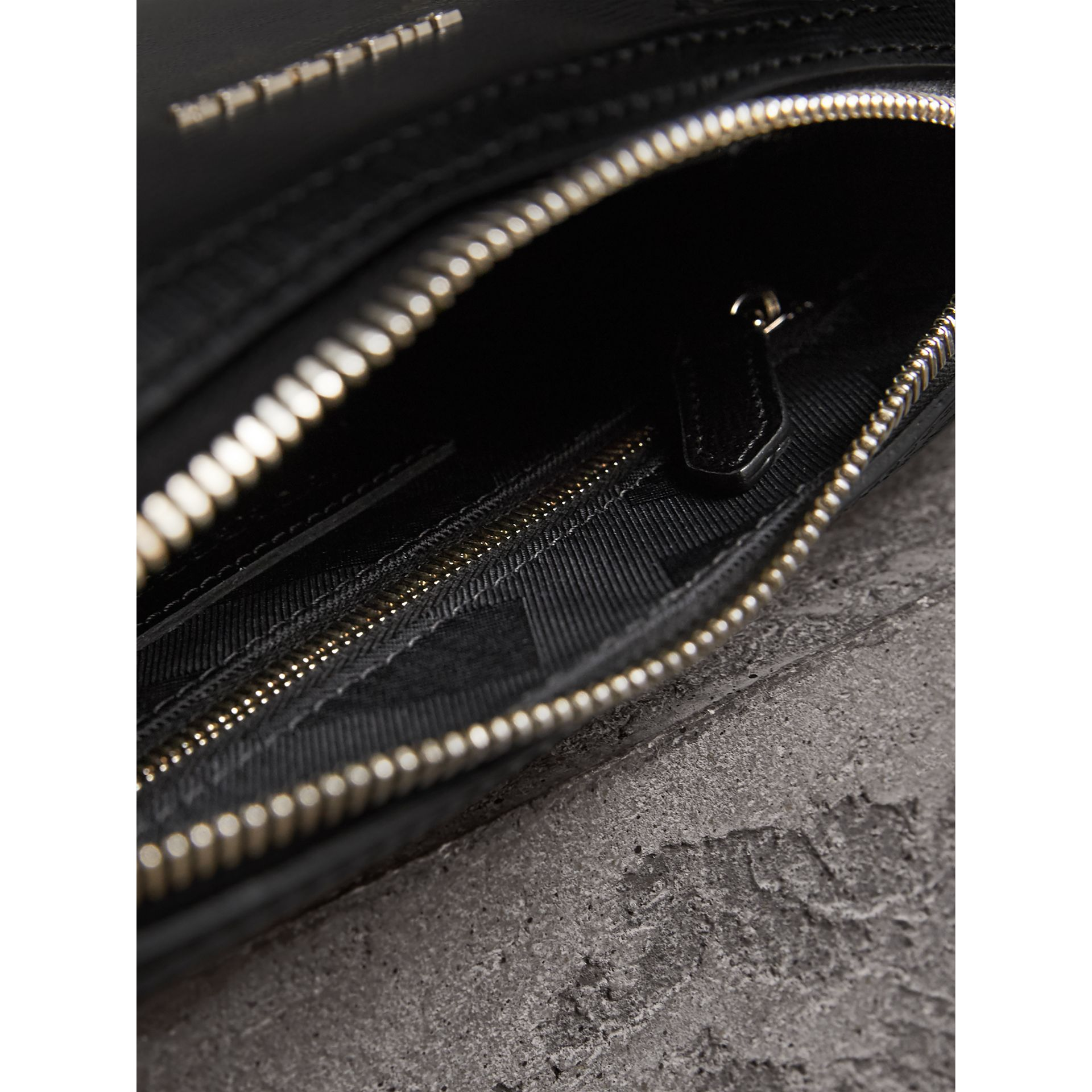 London Leather Pouch in Black - Men | Burberry - gallery image 4
