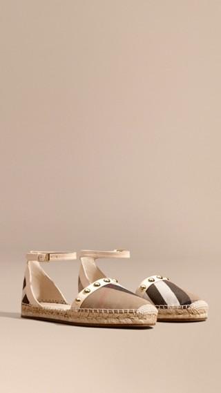 Sandales espadrilles en cuir clouté et coton House check