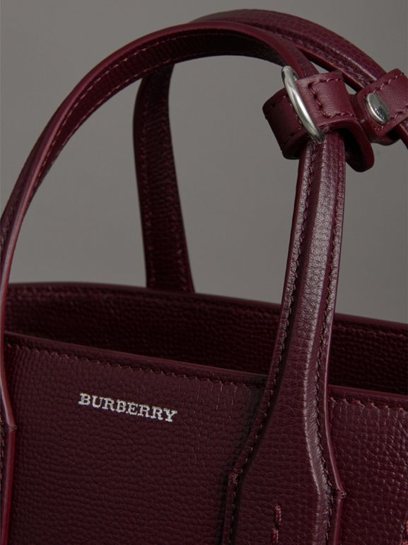 The Small Banner in Leather and Vintage Check in Mahogany Red - Women | Burberry - cell image 1