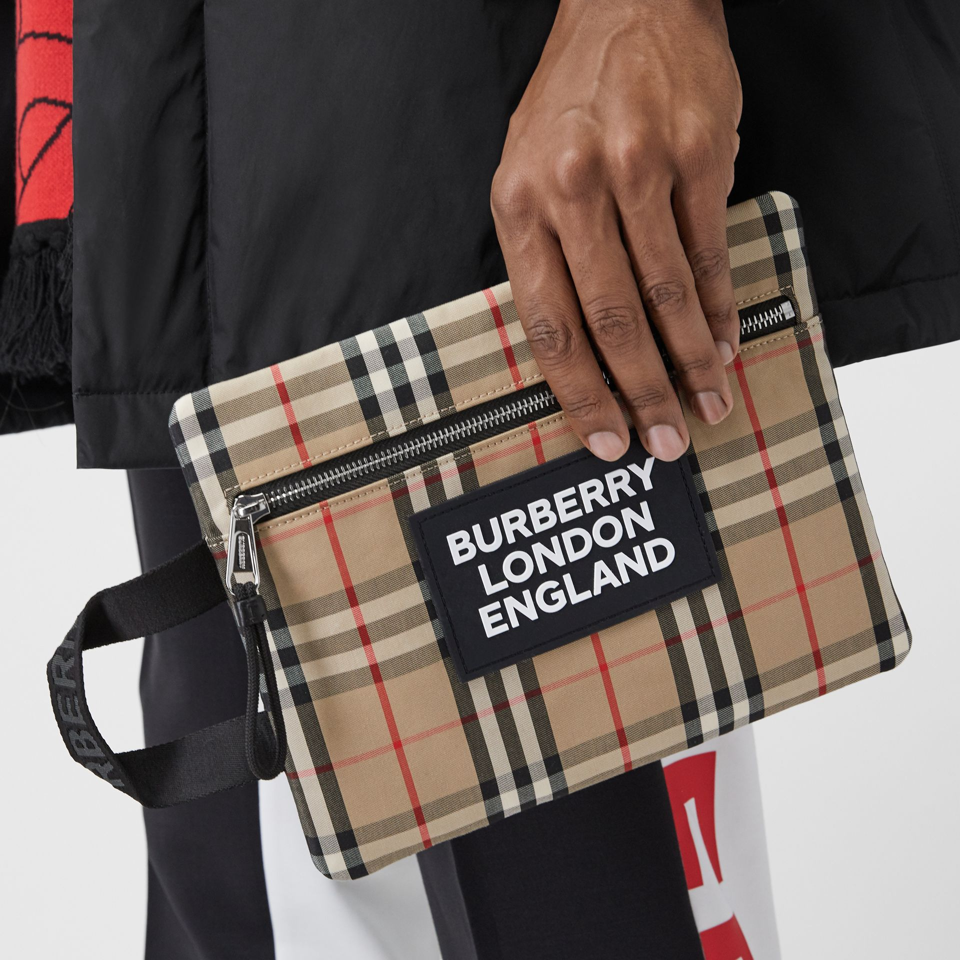 Logo Detail Vintage Check Portrait Pouch in Archive Beige | Burberry - gallery image 3