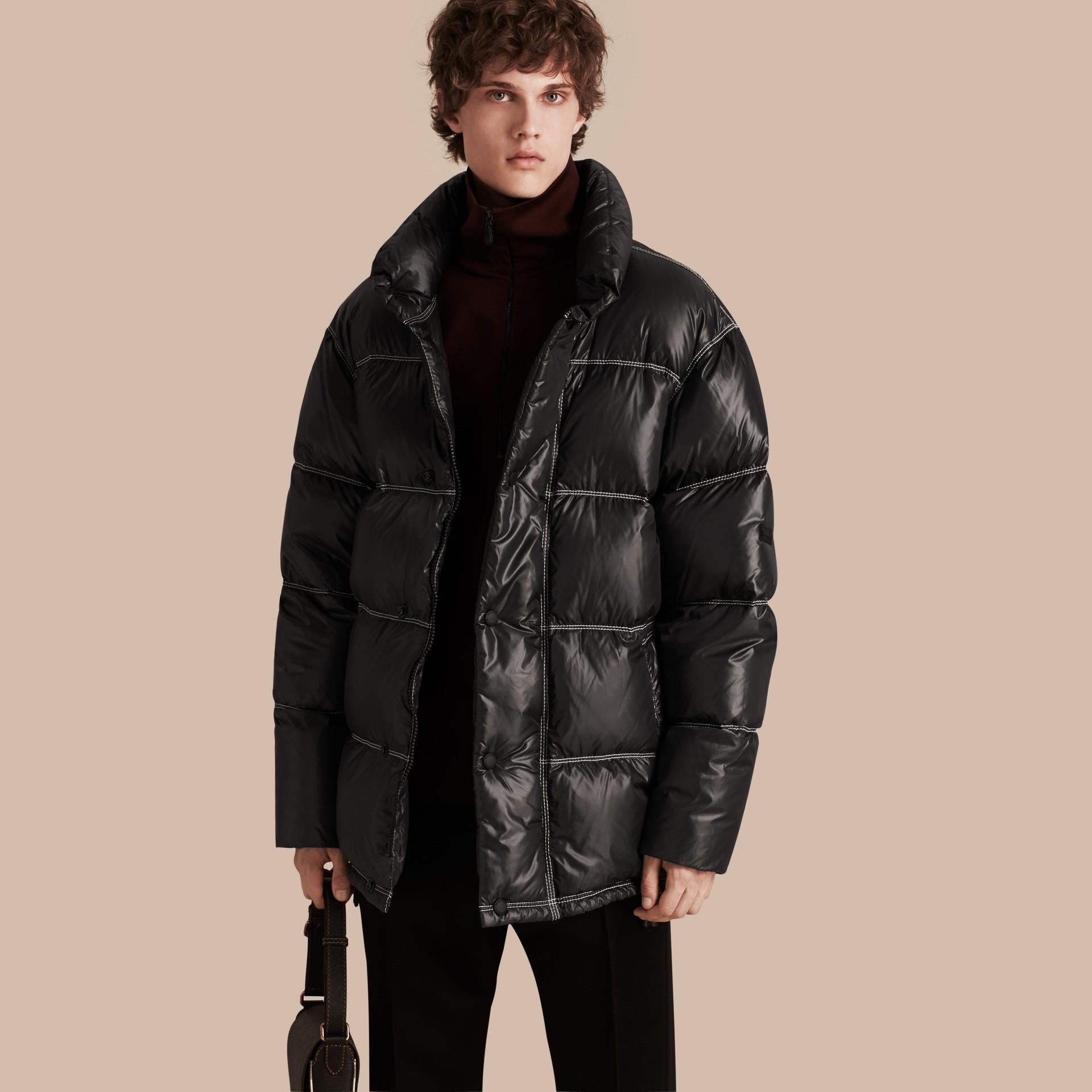 Черный Пальто на пуху - изображение 1