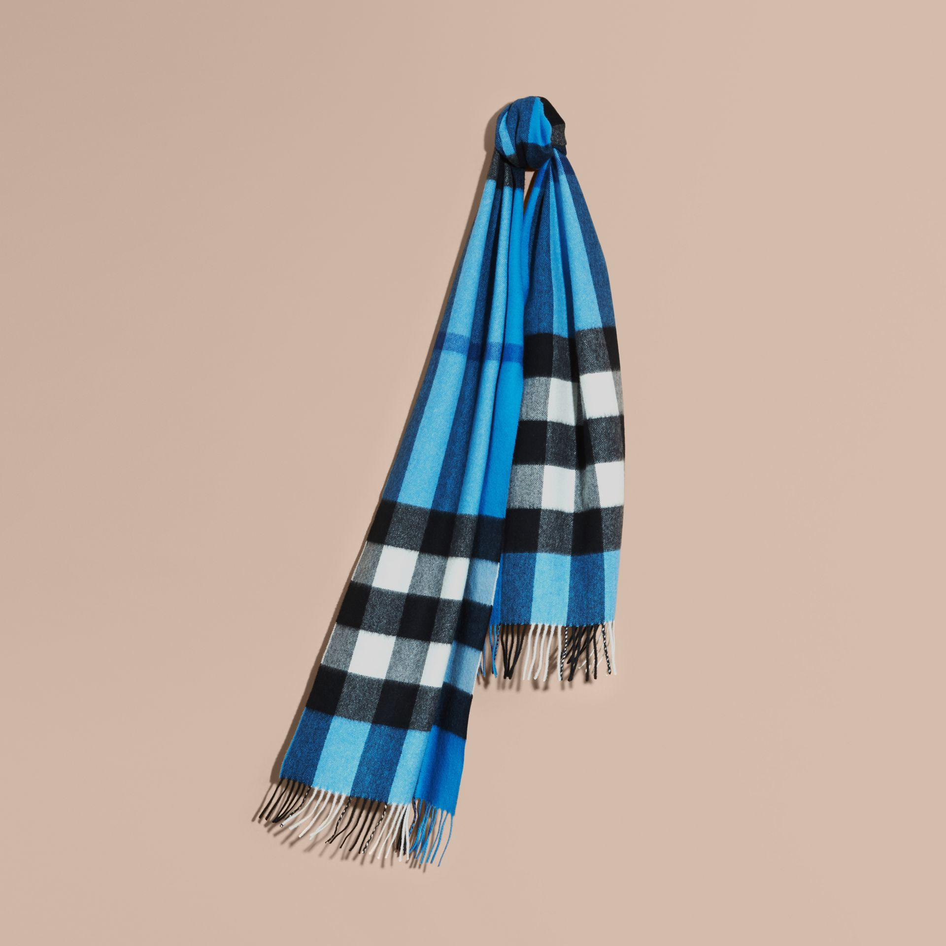 The Large Classic Cashmere Scarf in Check Bright Cornflower Blue - gallery image 6