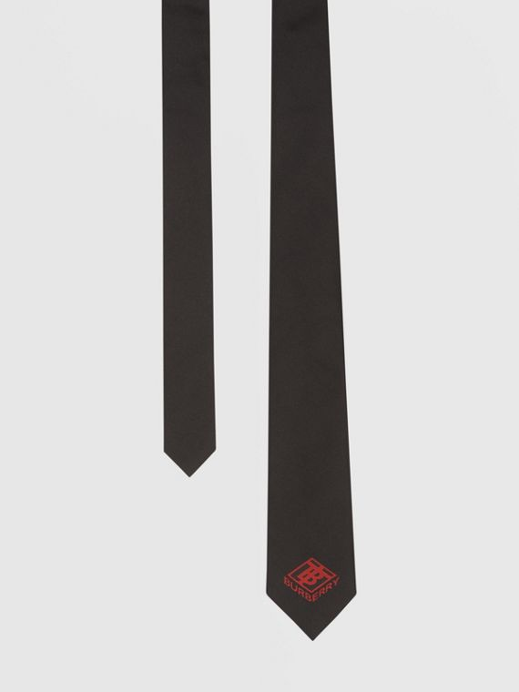 Classic Cut Logo Graphic Silk Tie in Deep Red