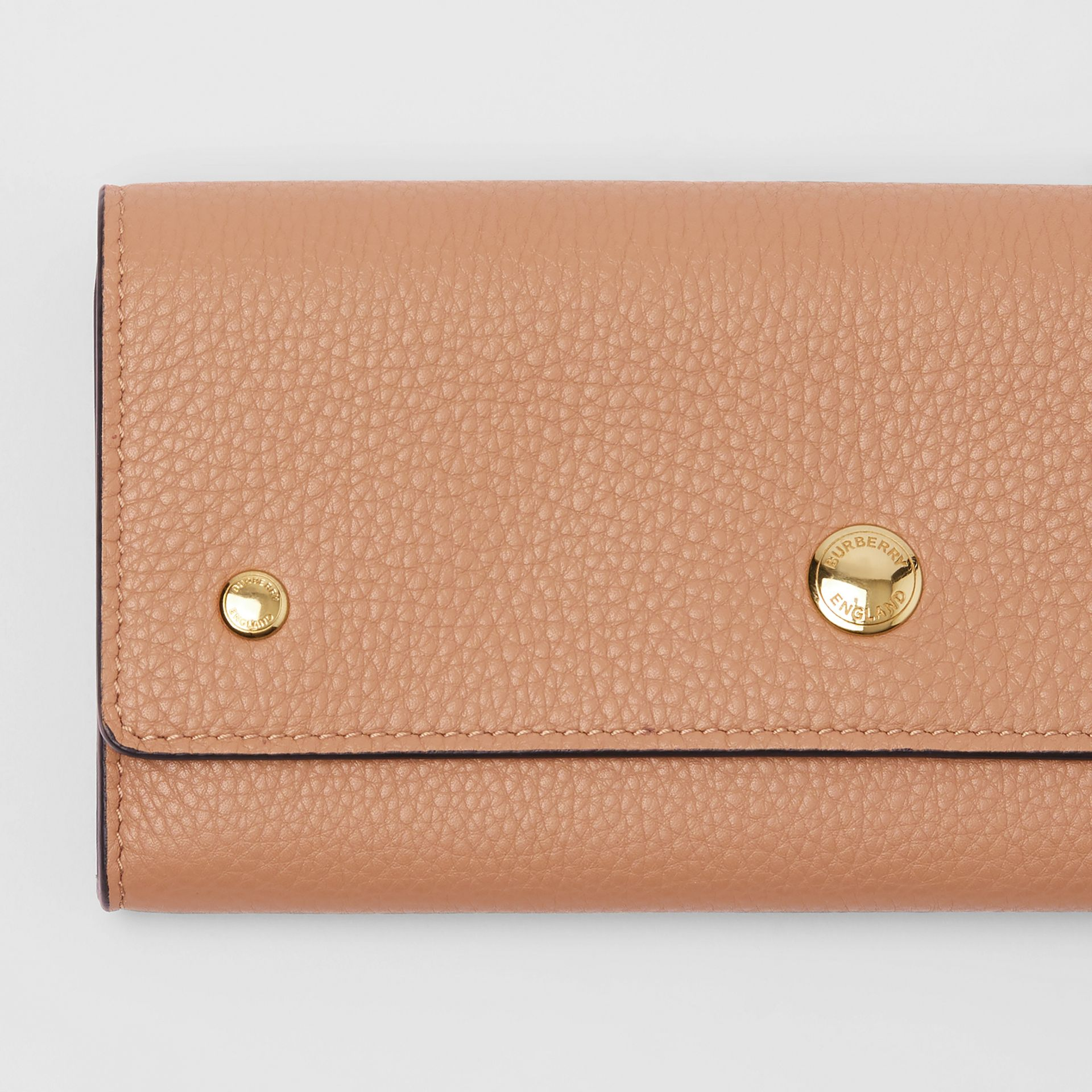 Grainy Leather Continental Wallet in Light Camel - Women | Burberry - gallery image 1