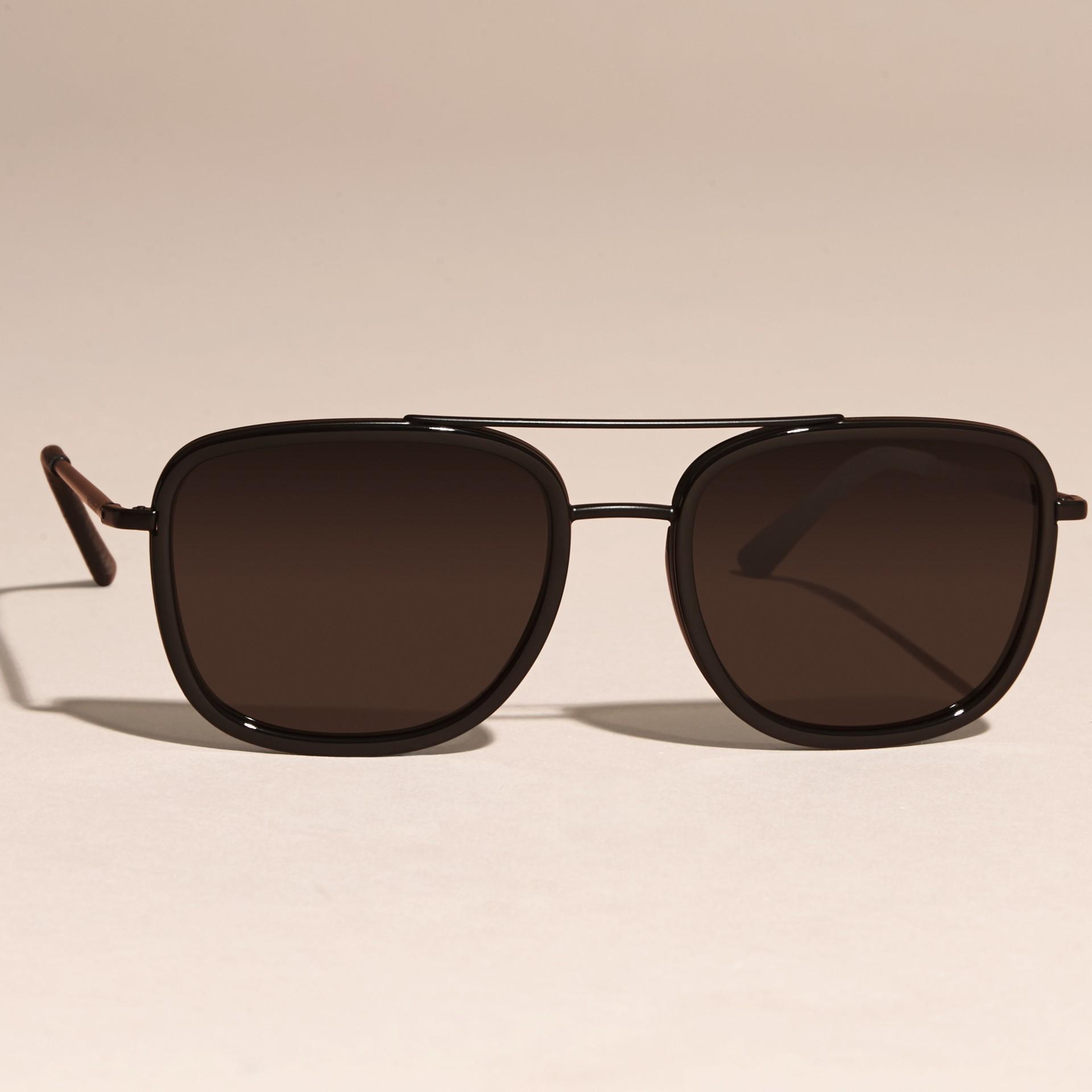 Nero Occhiali da sole con montatura squadrata in acetato e pelle Nero - immagine della galleria 3