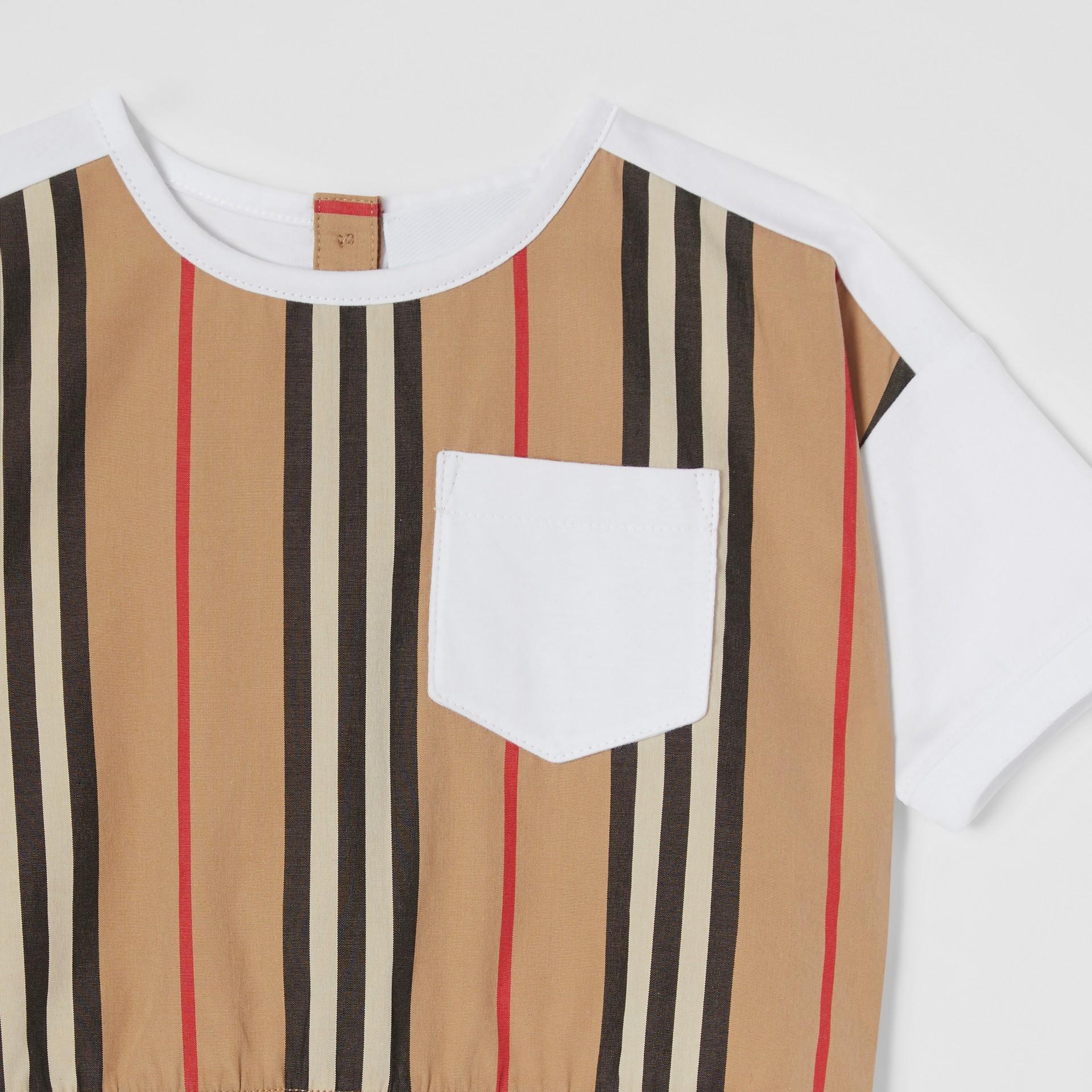 Icon Stripe Panel Cotton T-shirt in White - Children | Burberry United Kingdom - gallery image 4