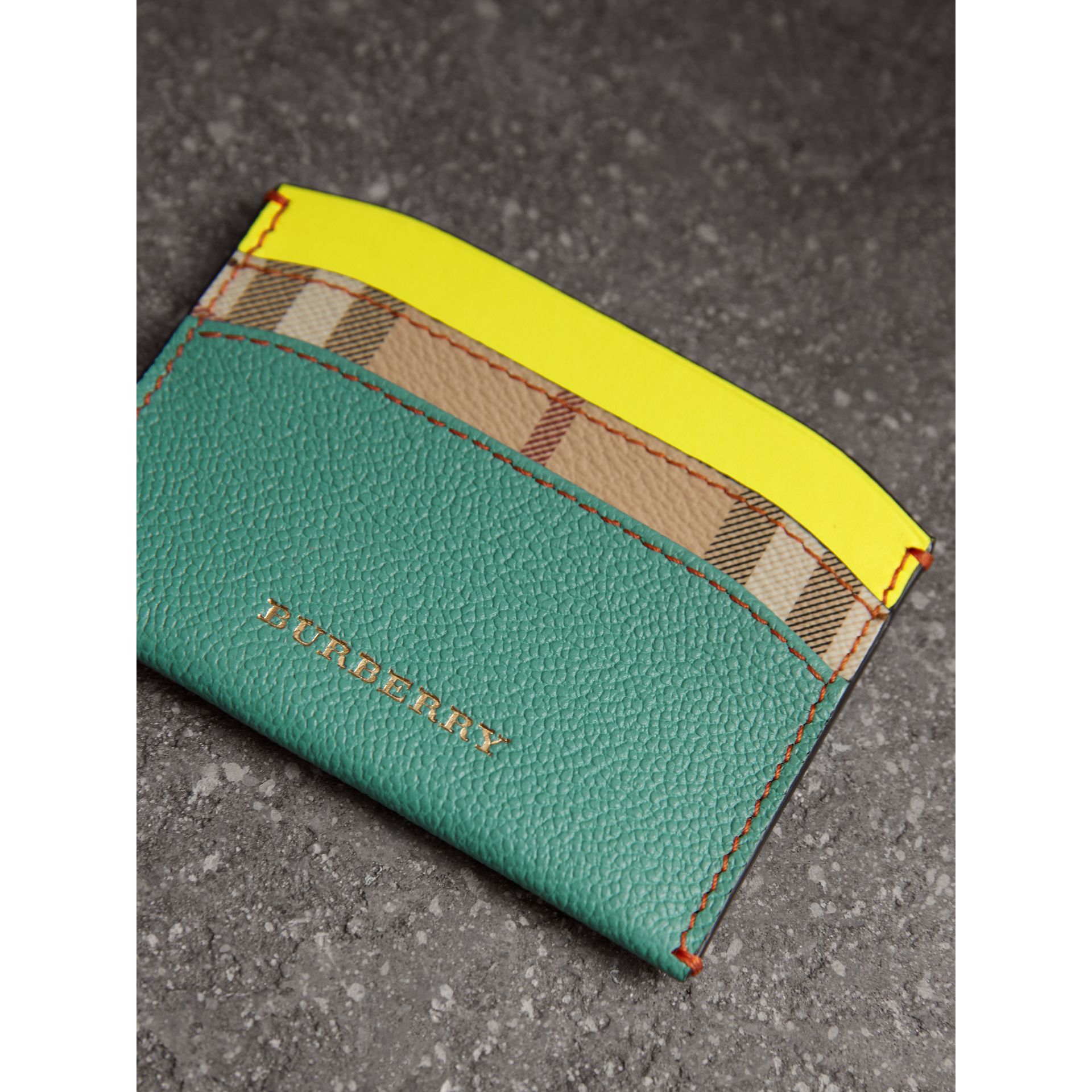 Leather Coin Case with Removable Card Compartment in Black/multicolour - Women | Burberry United Kingdom - gallery image 2