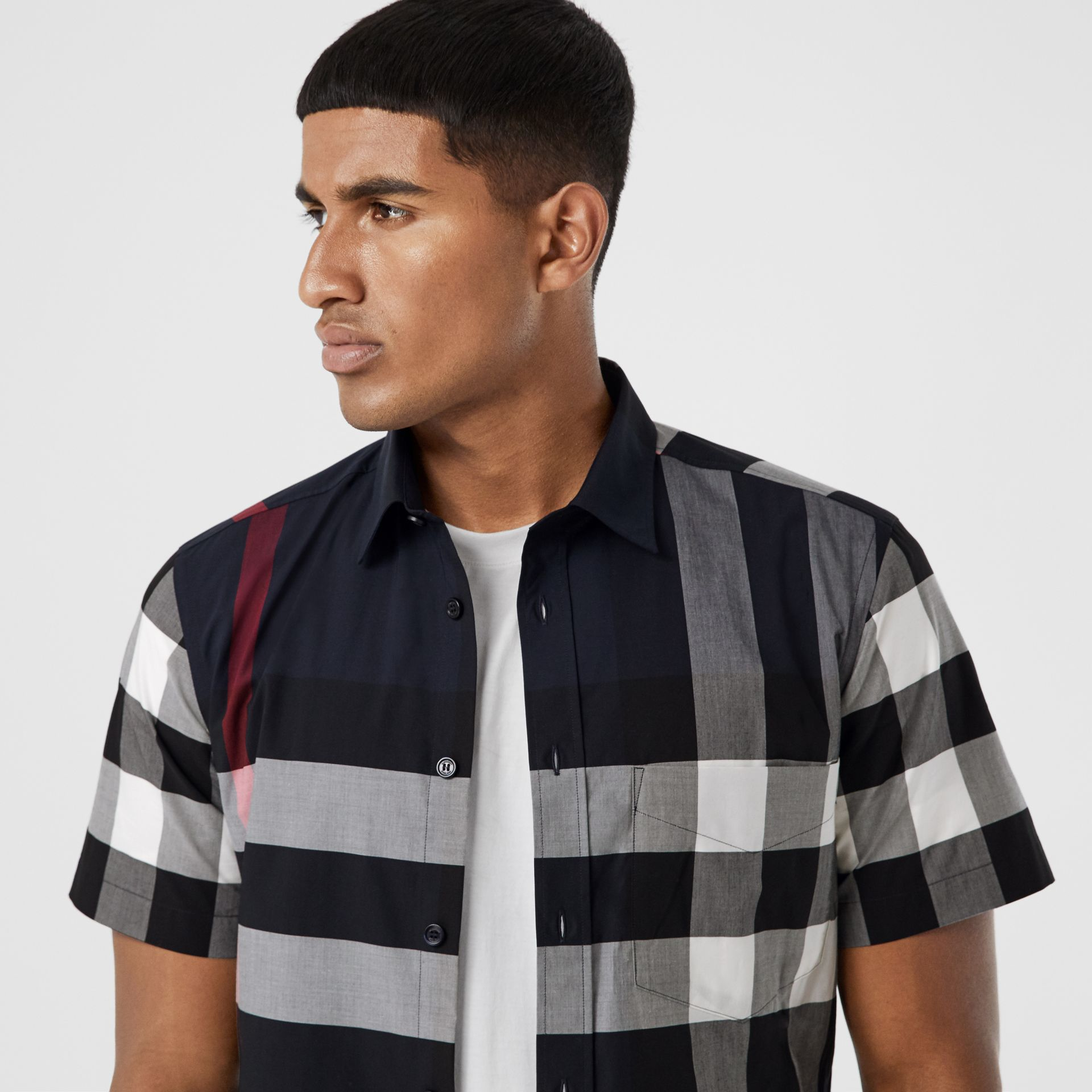 Short-sleeve Check Stretch Cotton Poplin Shirt in Navy - Men | Burberry - gallery image 1