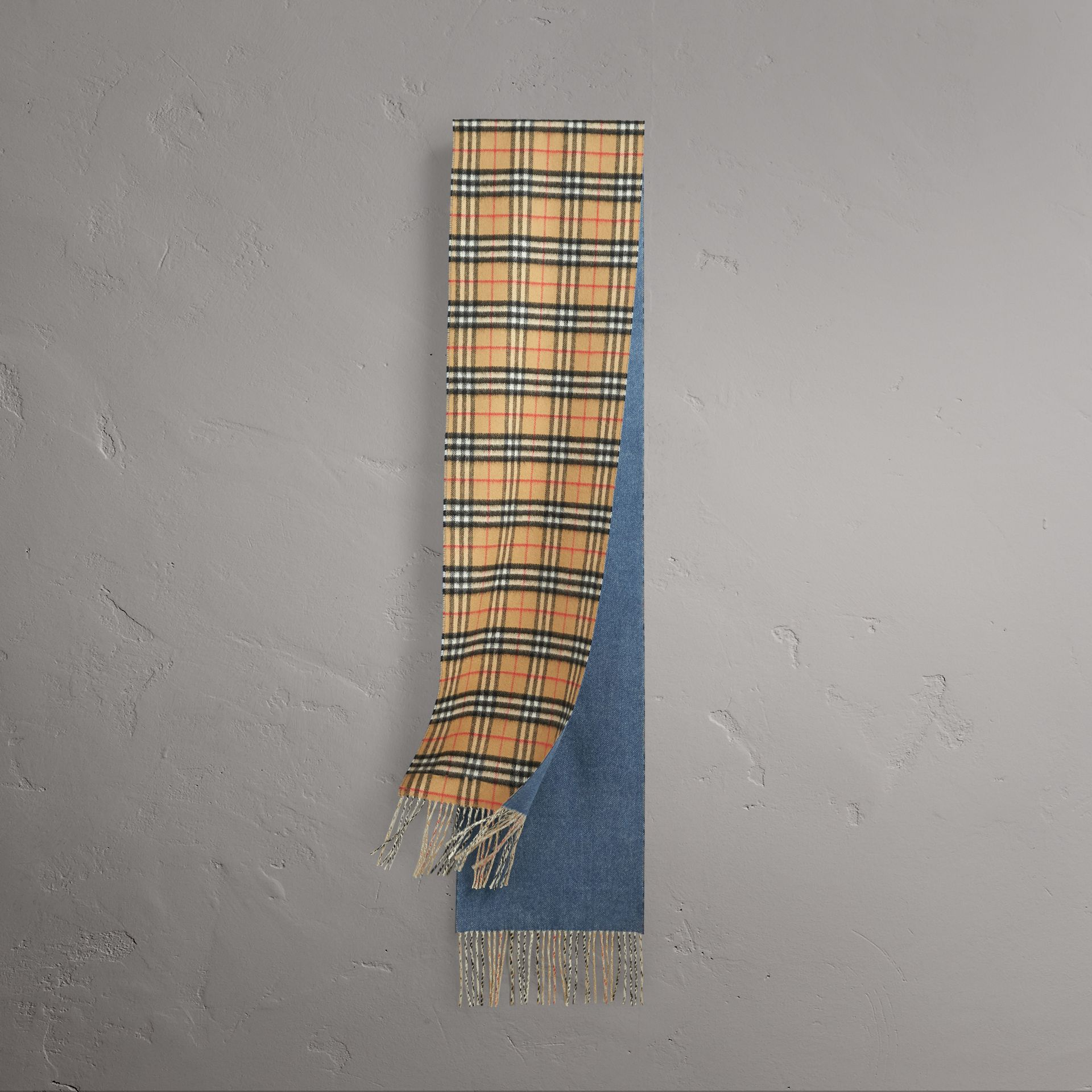 Long Reversible Vintage Check Double-faced Cashmere Scarf in Stone Blue | Burberry Australia - gallery image 0