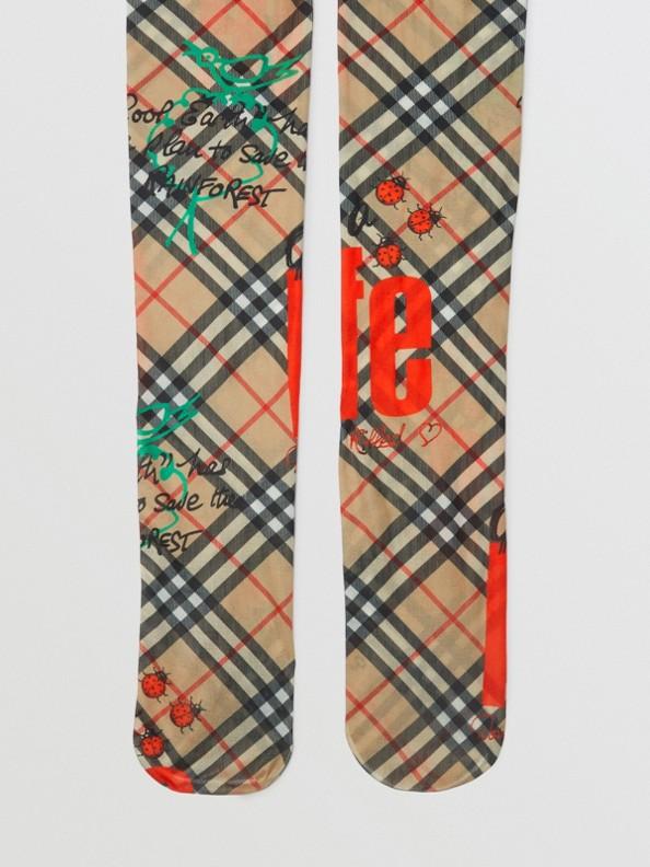 Strumpfhose im Vintage Check-Design mit Slogan-Aufdruck (Antikgelb)