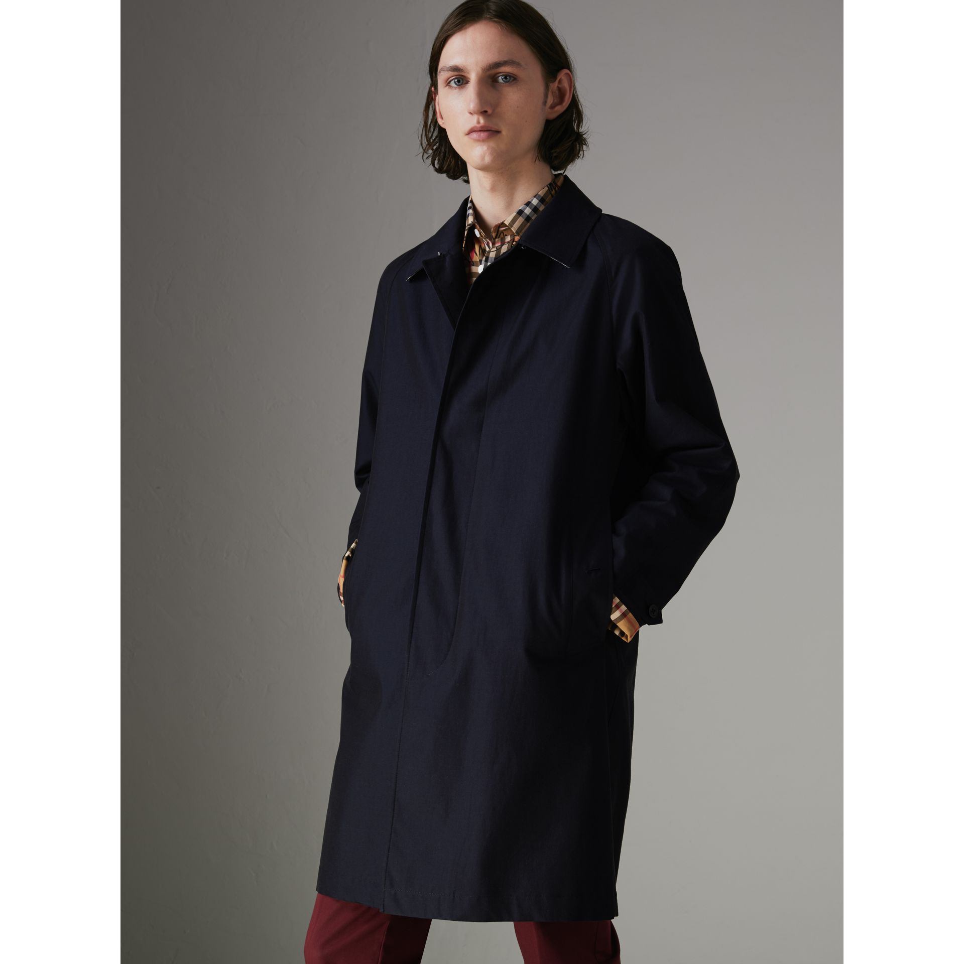 Car Coat The Camden (Bleu Carbone) - Homme | Burberry - photo de la galerie 5