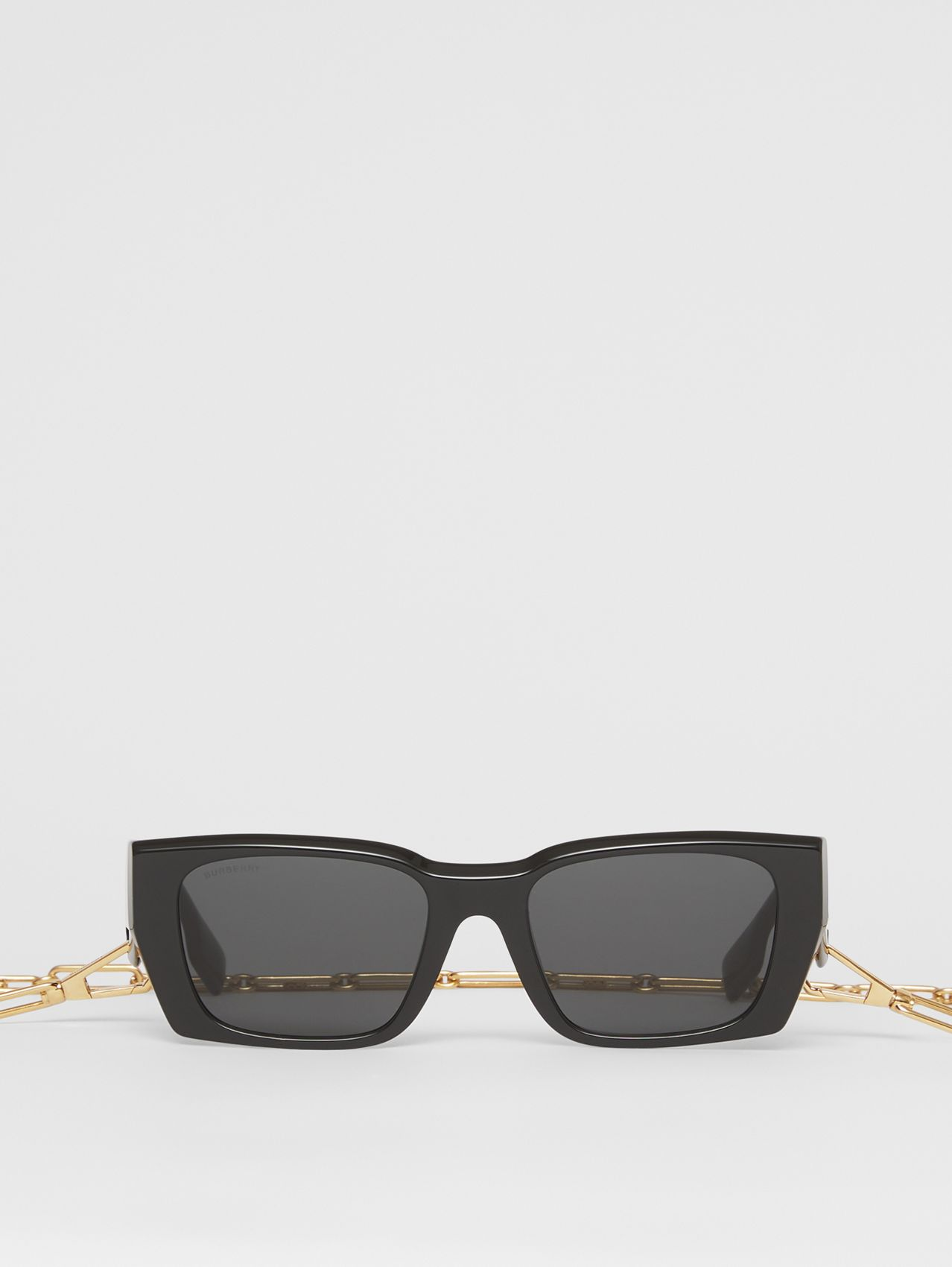 B Motif Rectangular Frame Sunglasses with Chain in Black