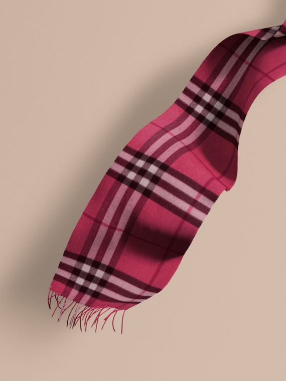 The Classic Cashmere Scarf in Check in Fuchsia Pink