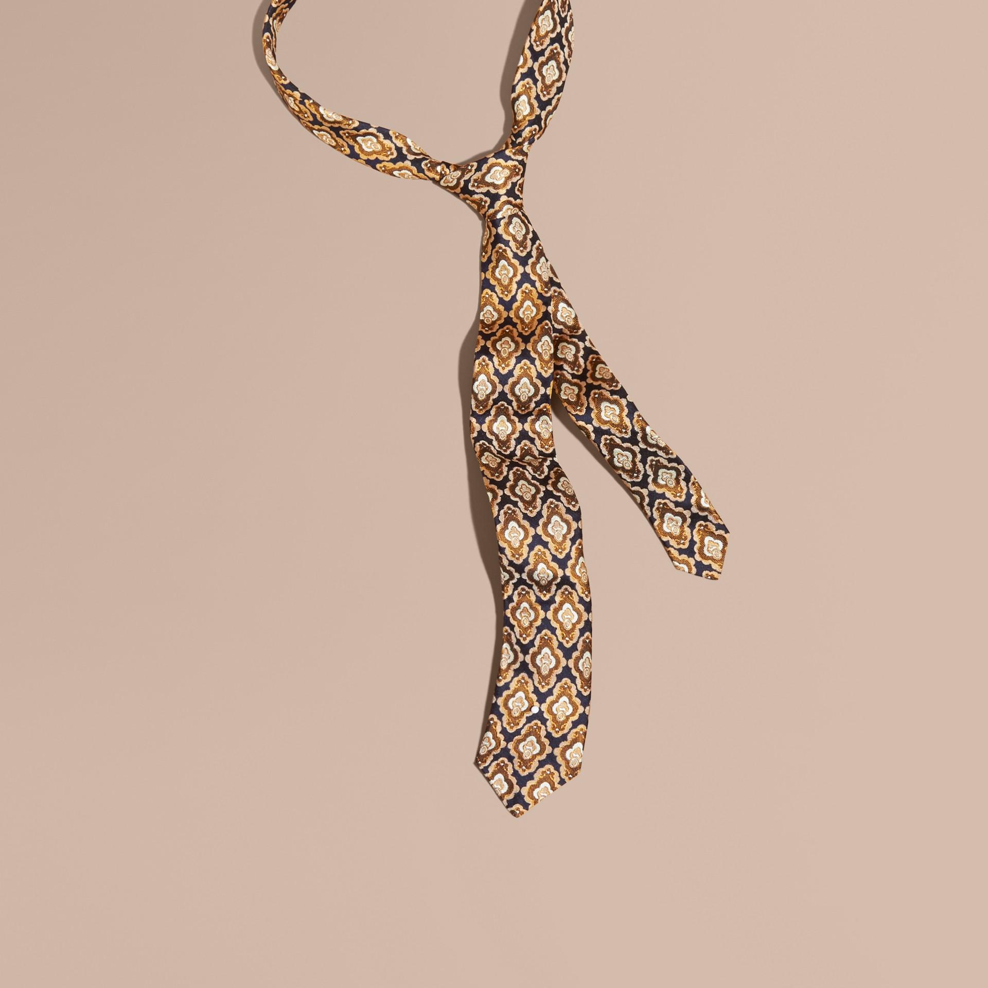 Marine Cravate fine en soie à motif jacquard Marine - photo de la galerie 1
