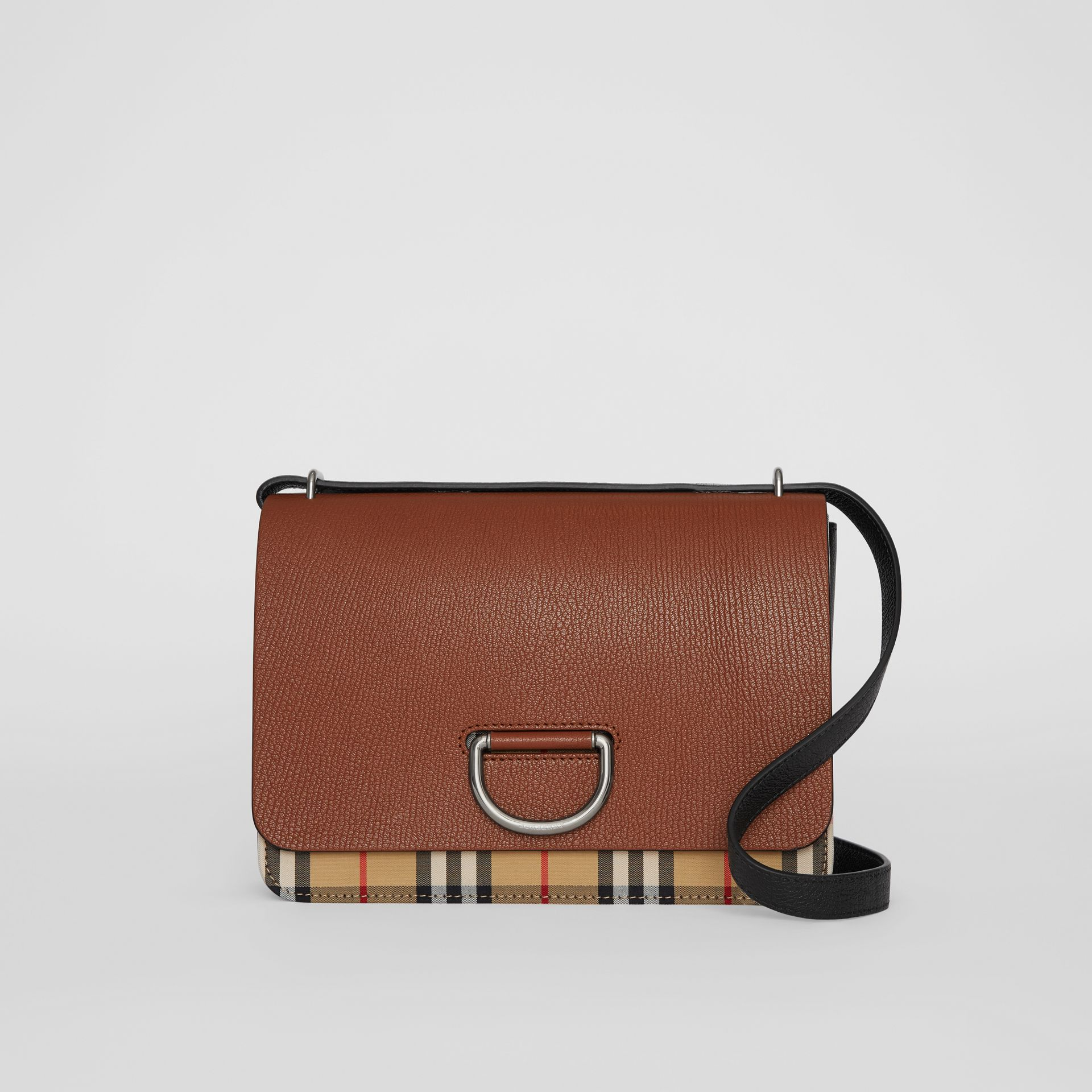 Borsa The D-ring media in pelle con motivo Vintage check (Marroncino/nero) - Donna | Burberry - immagine della galleria 0
