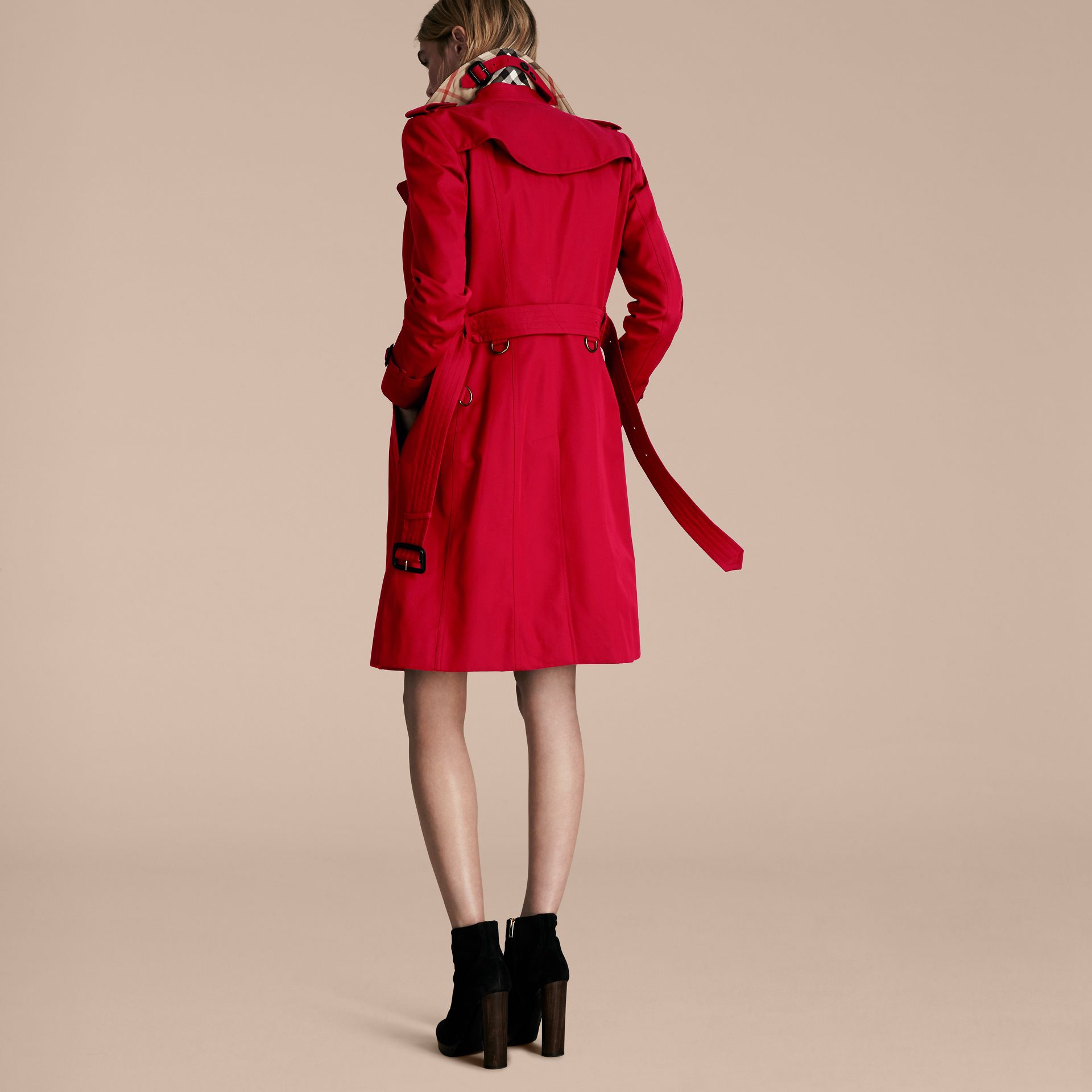 Parade red The Chelsea – Long Heritage Trench Coat Parade Red - gallery image 3