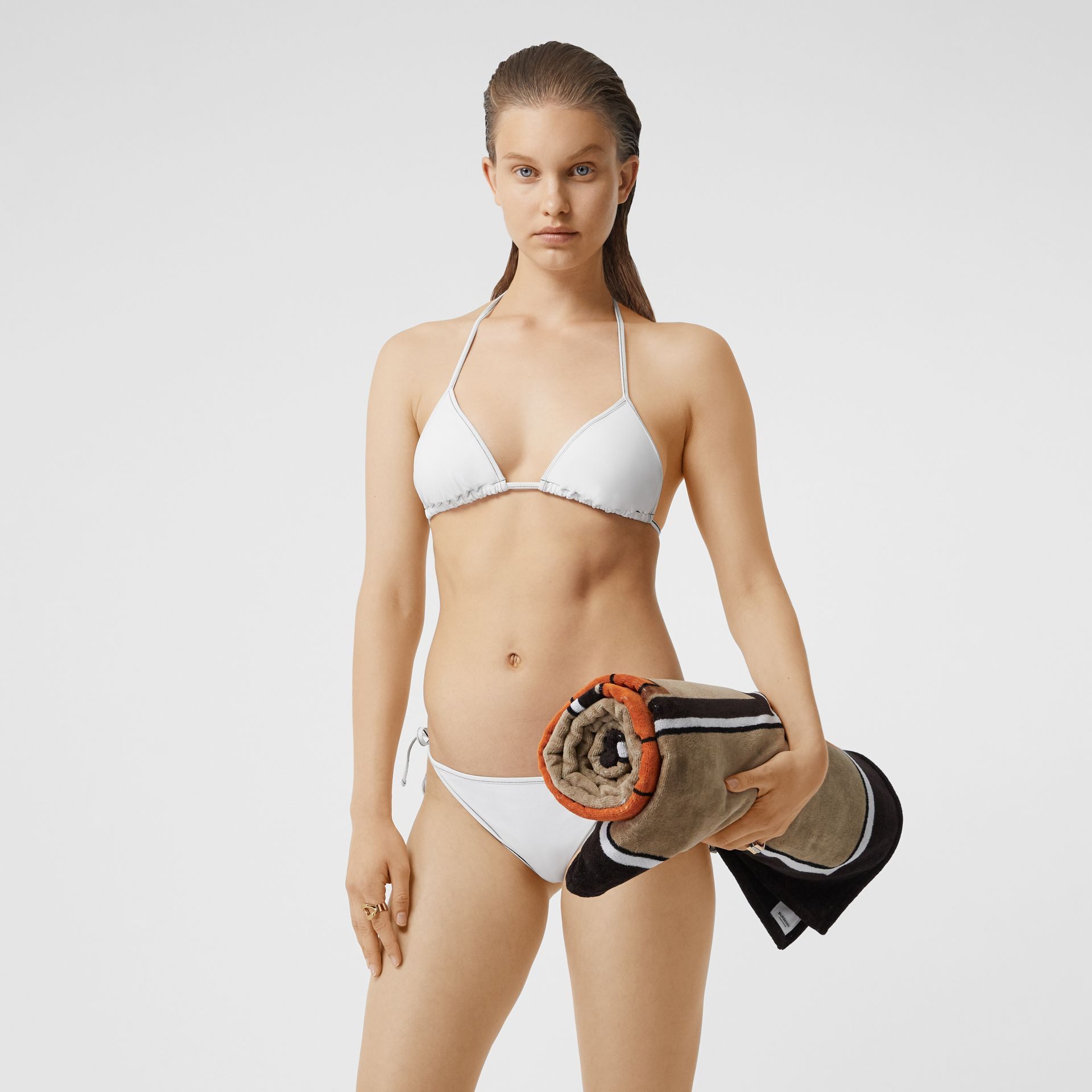 Bikini triangle avec logo (Blanc) | Burberry Canada - photo de la galerie 0