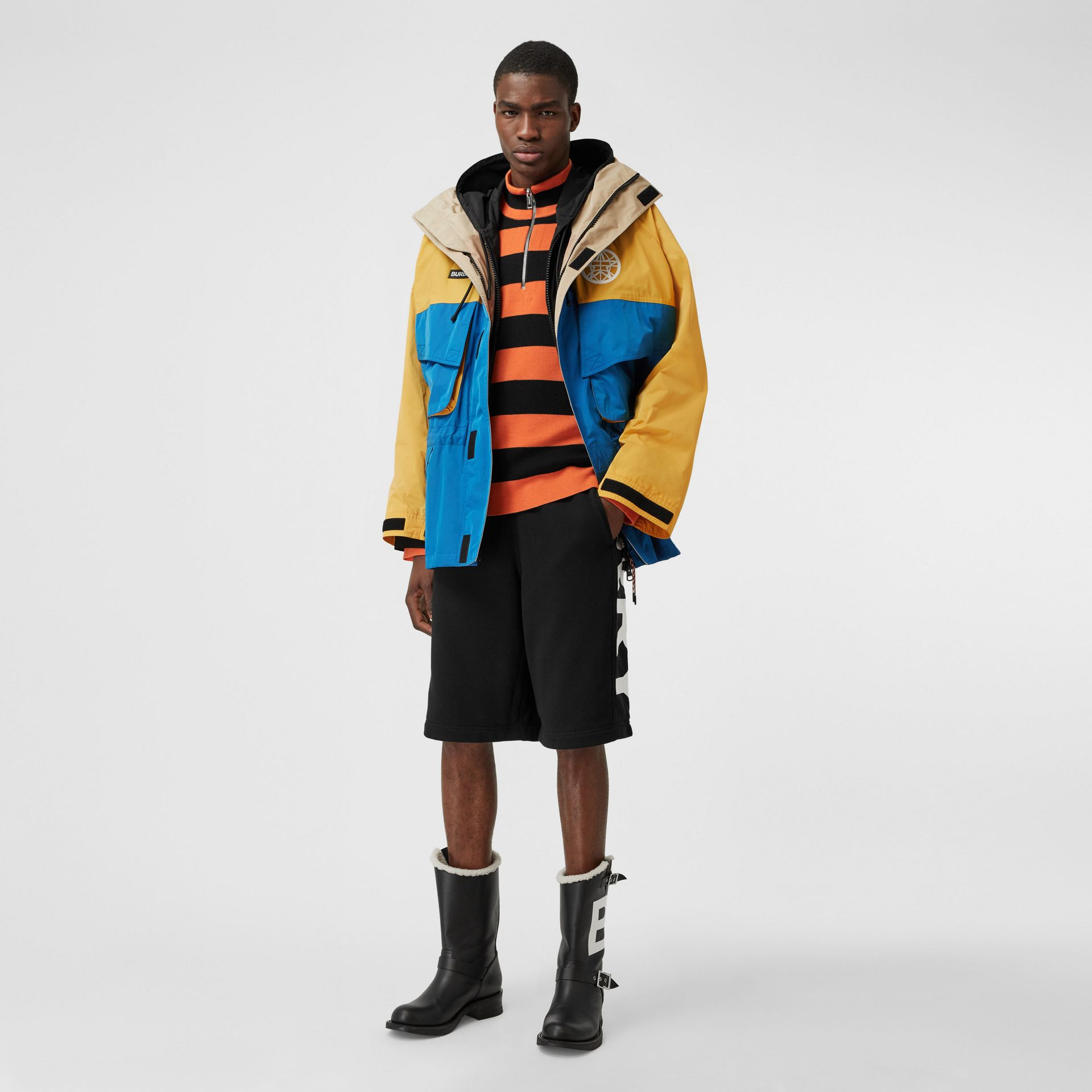 Globe Graphic Colour Block Technical Twill Jacket in Regency Blue | Burberry United Kingdom - gallery image 0