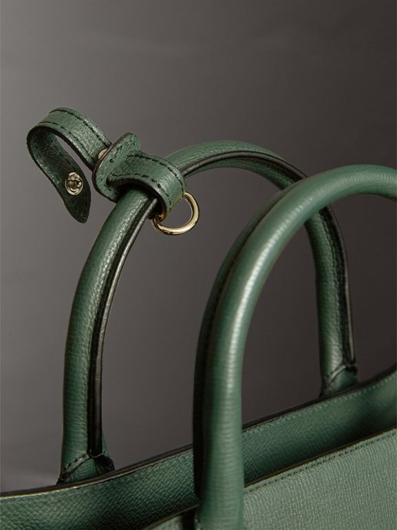 The Medium Banner in Leather and House Check in Dark Bottle Green - Women | Burberry Australia - cell image 1