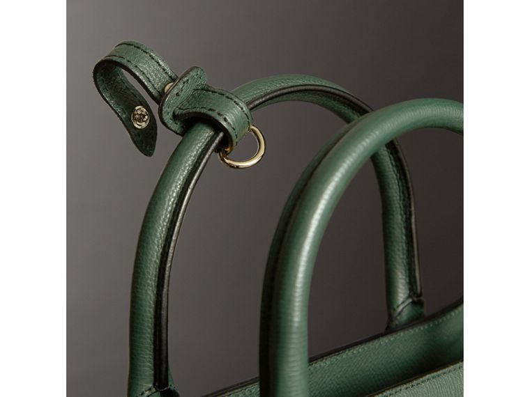 The Medium Banner in Leather and House Check in Dark Bottle Green - Women | Burberry United Kingdom - cell image 1
