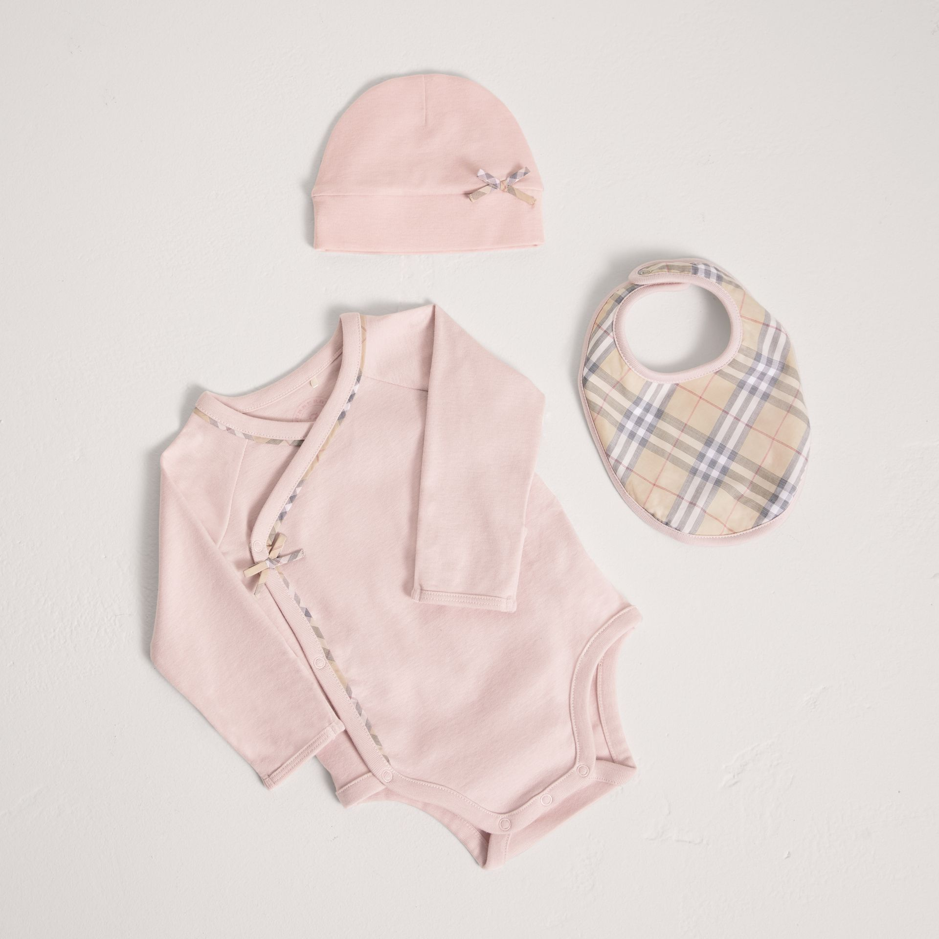 Check Cotton Three-piece Baby Gift Set in Powder Pink - Girl | Burberry Australia - gallery image 0