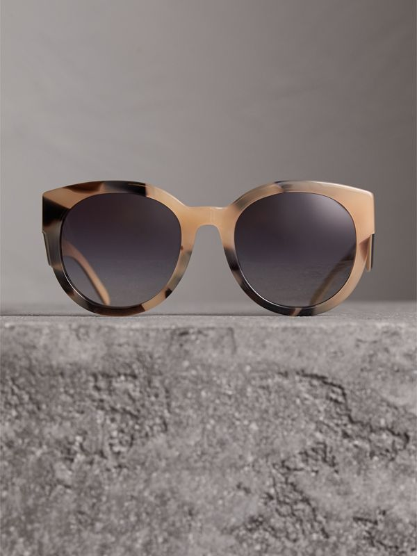 Round Frame Sunglasses in Honey - Women | Burberry - cell image 3