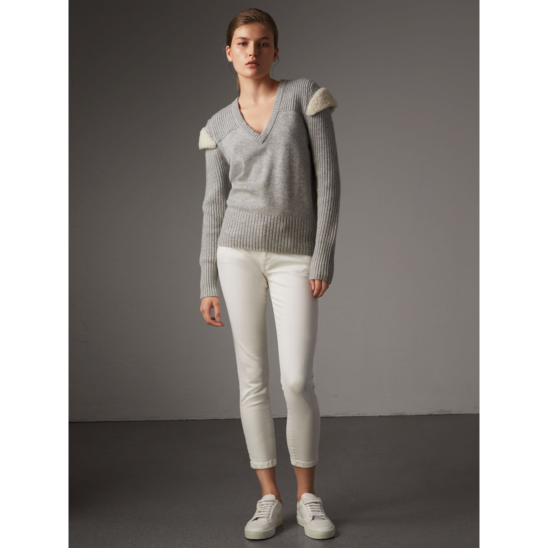 Shearling Trim Ribbed Wool Cashmere Sweater in Pale Grey Melange - Women | Burberry - gallery image 5
