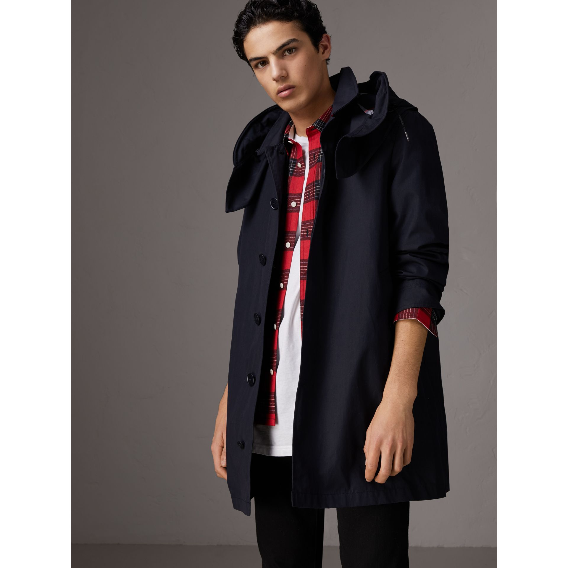 Detachable Hood Cotton Blend Car Coat with Warmer in Navy - Men | Burberry Singapore - gallery image 4