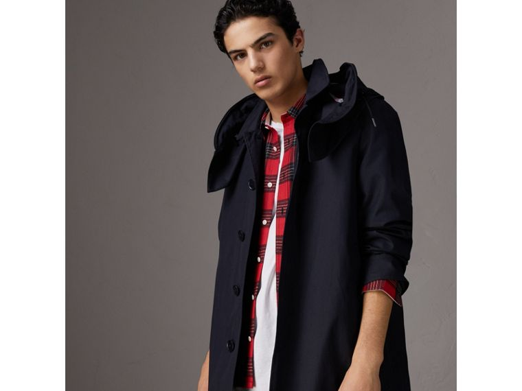 Detachable Hood Cotton Blend Car Coat with Warmer in Navy - Men | Burberry United Kingdom - cell image 4