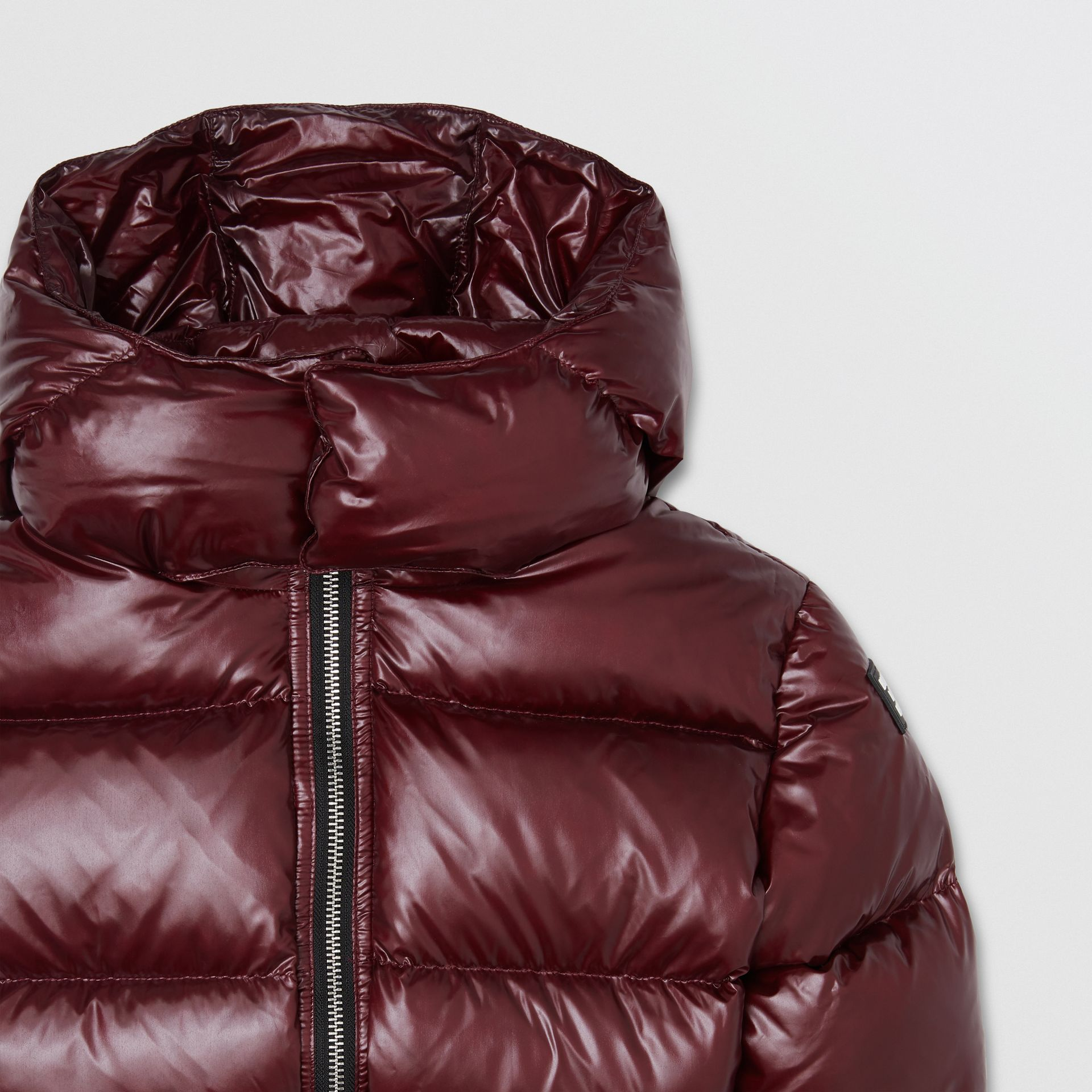 Icon Stripe Detail Hooded Puffer Jacket in Burgundy | Burberry - gallery image 4