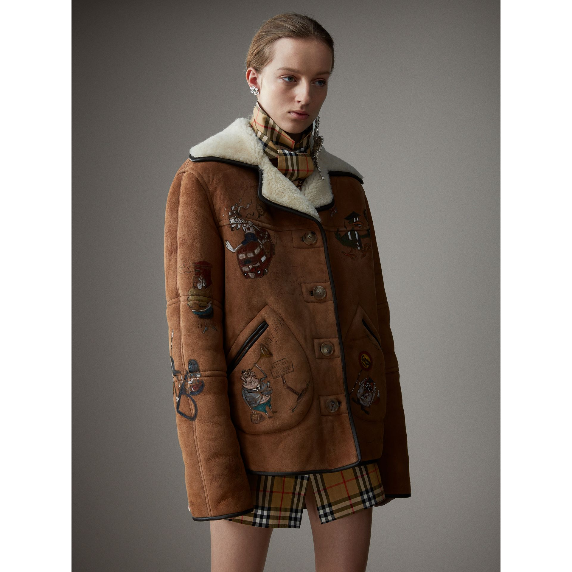 Sketch Print Shearling Jacket in Caramel - Women | Burberry - gallery image 5