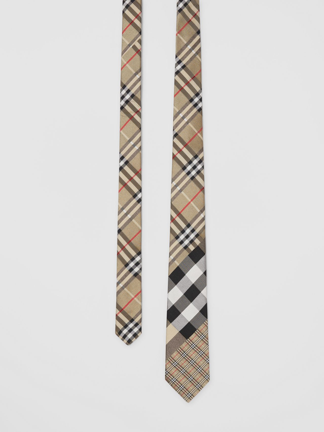 Classic Cut Check Silk Jacquard Tie in Archive Beige