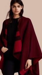 Poncho réversible en laine mérinos à motif check