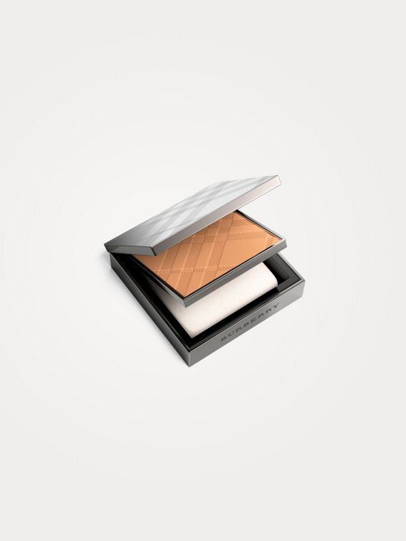 Fresh Glow Compact Foundation – Almond No.43