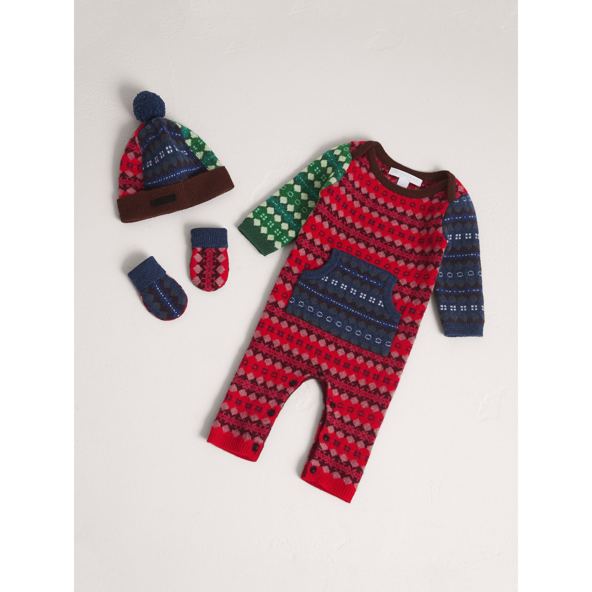 Fair Isle Wool Cashmere Three-piece Baby Gift Set in Rosewood | Burberry - gallery image 0