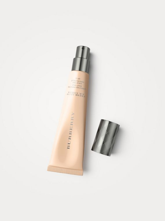 Fresh Glow B.B. Cream per pelli asiatiche - Nude Honey No.02