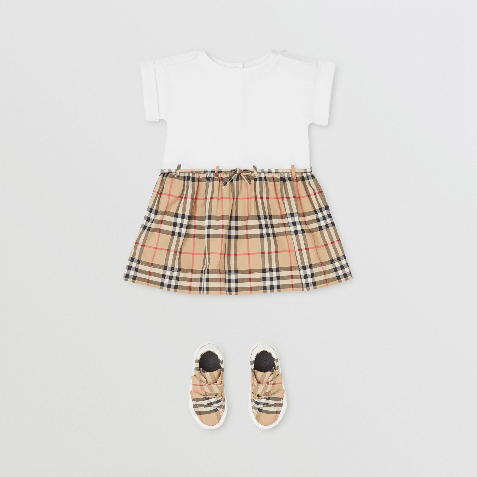 Vintage Check Detail Cotton Dress in White - Children | Burberry - gallery image 2